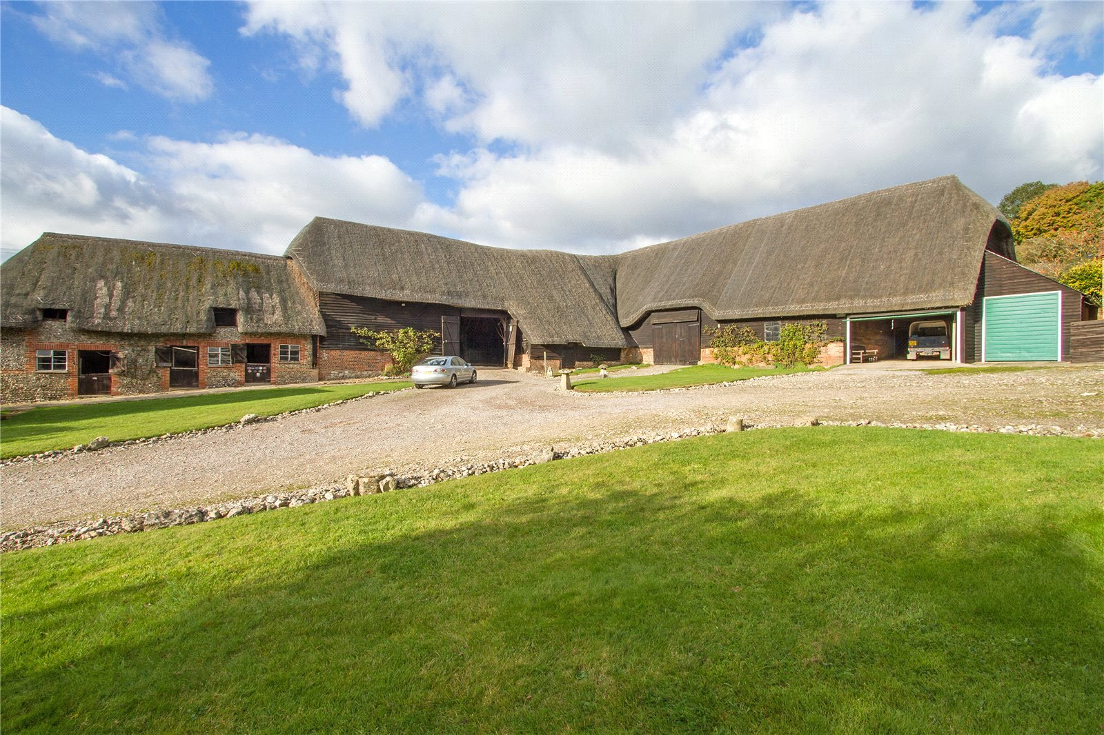 Additional photo for property listing at Parsonage Farm (Lot 1), Hurstbourne Tarrant, Andover, Hampshire, SP11 Andover, Engeland