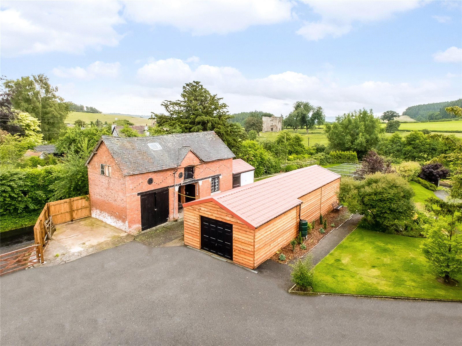 Additional photo for property listing at Hopton Castle, Craven Arms, Shropshire, SY7 Wales