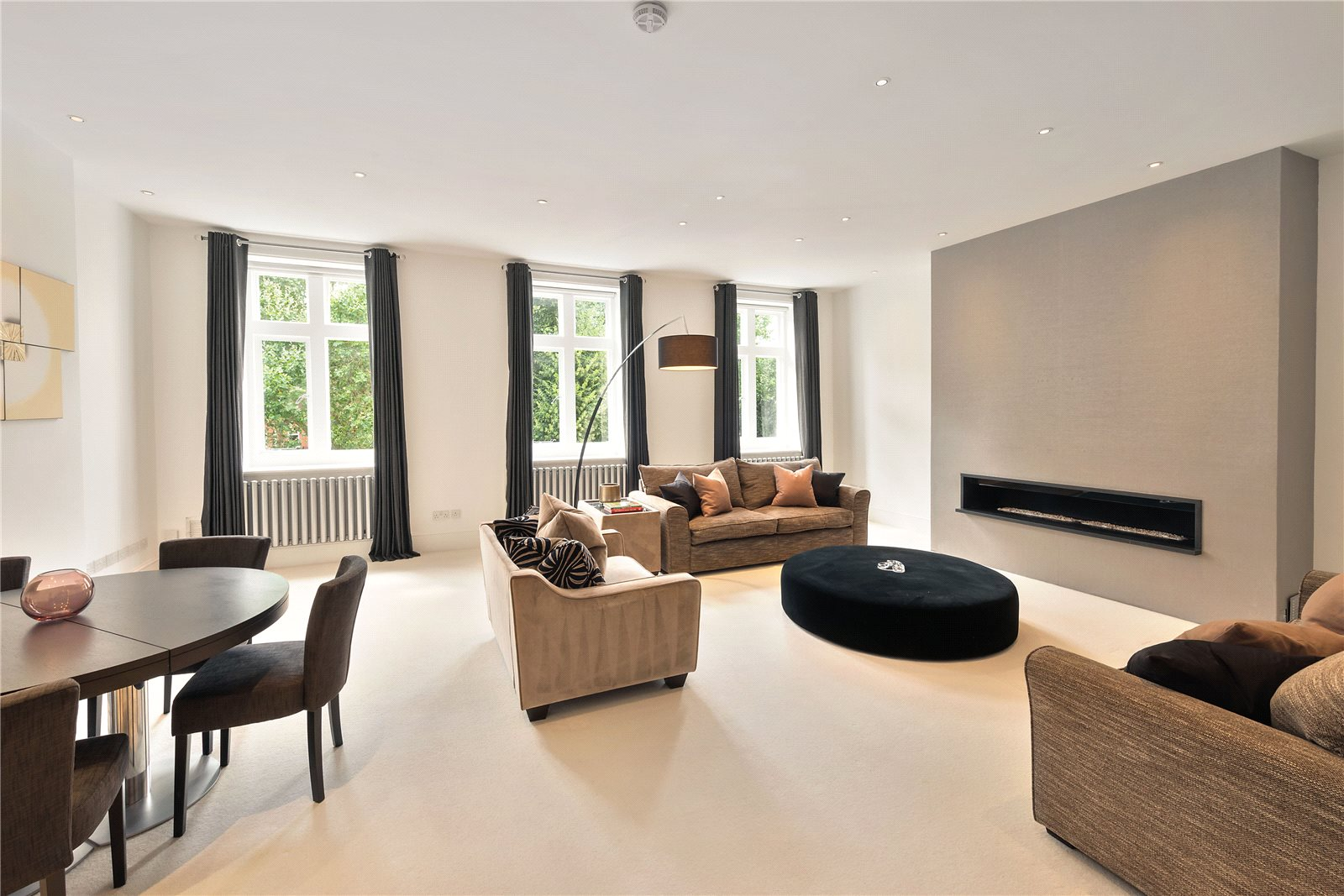 Knightsbridge luxury real estate for sale christie 39 s for Luxury real estate london