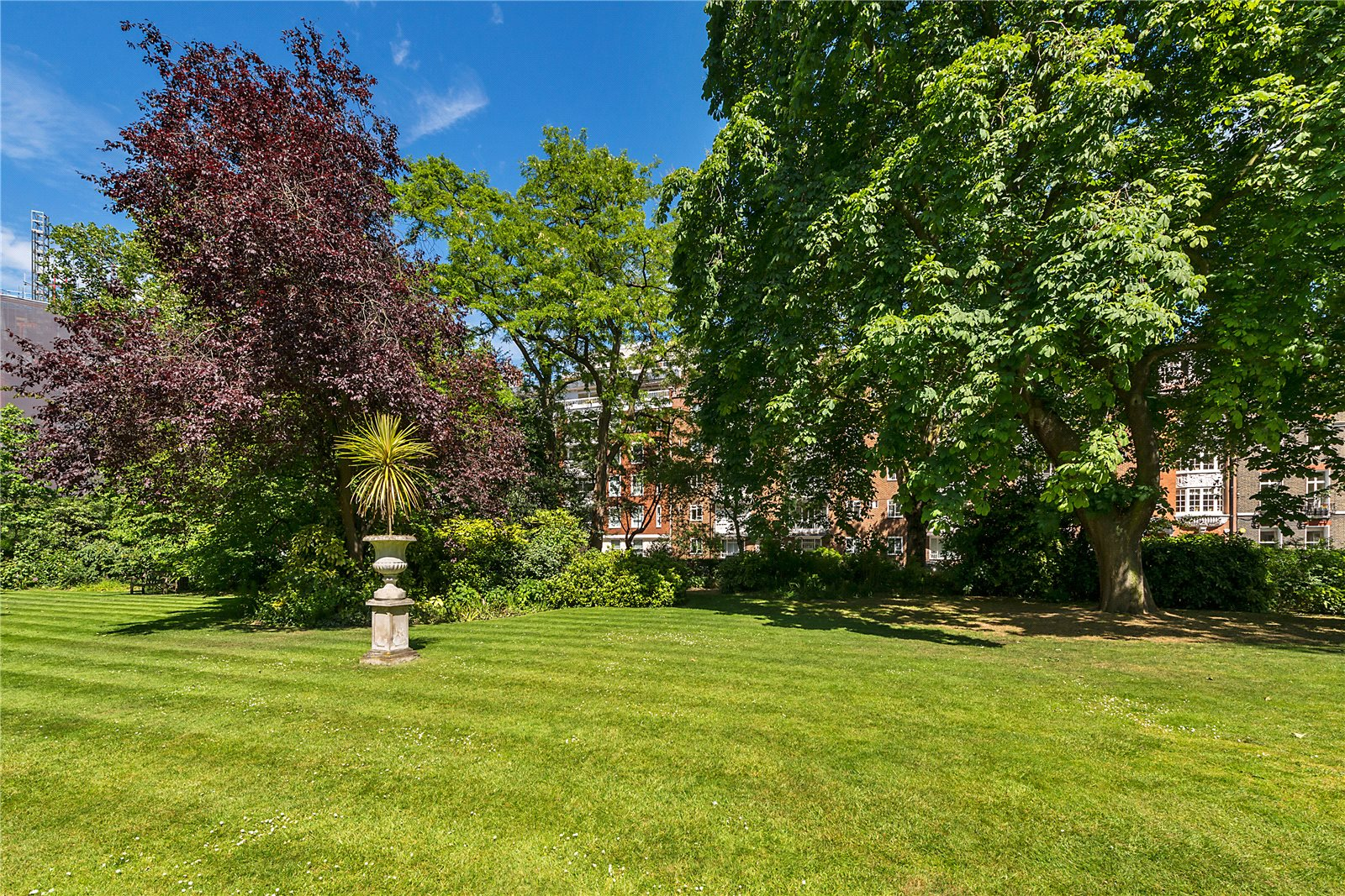 Additional photo for property listing at Hans Place, London, SW1X London, Ingiltere