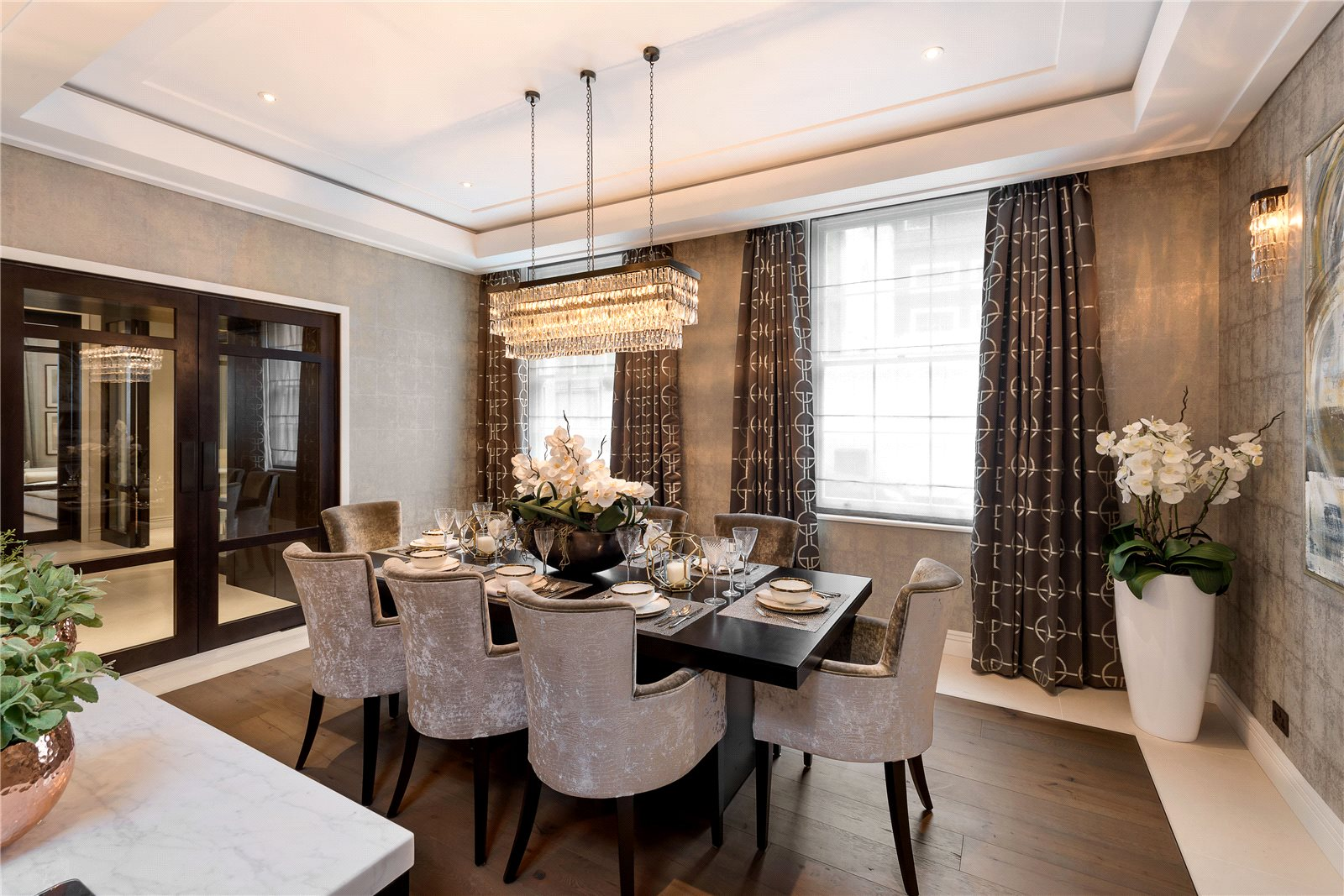 Additional photo for property listing at Montpelier Street, London, SW7 London, Angleterre