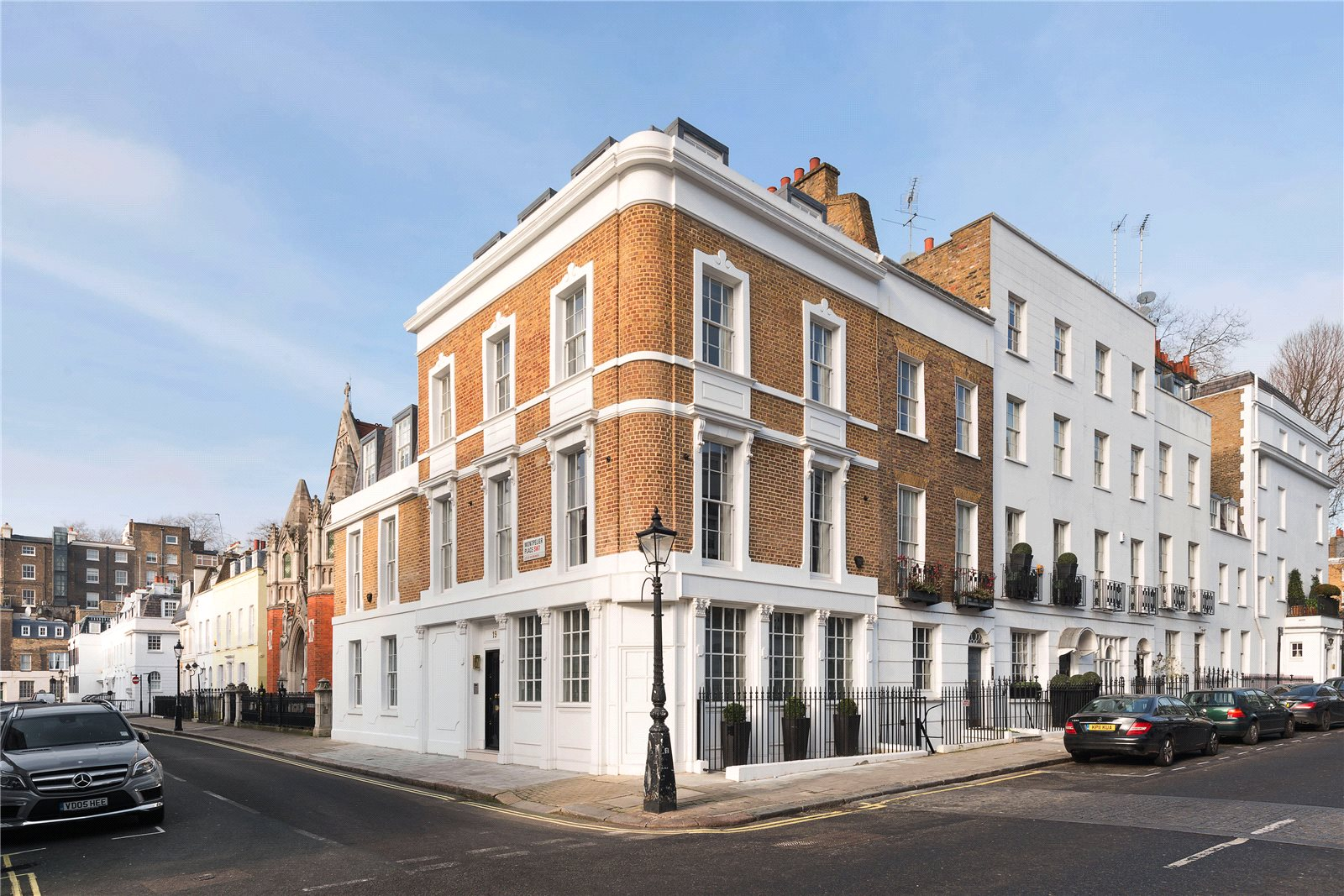 London luxury real estate for sale christie 39 s for Luxury homes in london