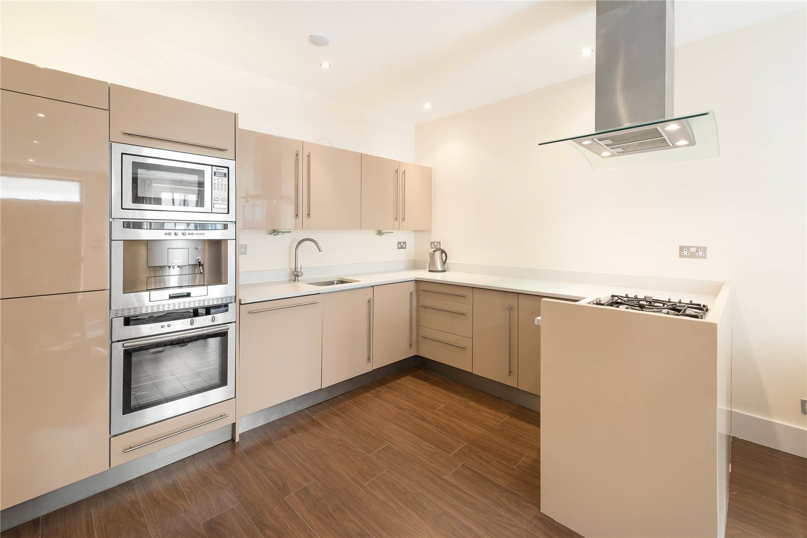 Additional photo for property listing at Eaton Mews West, London, SW1W London, Inglaterra