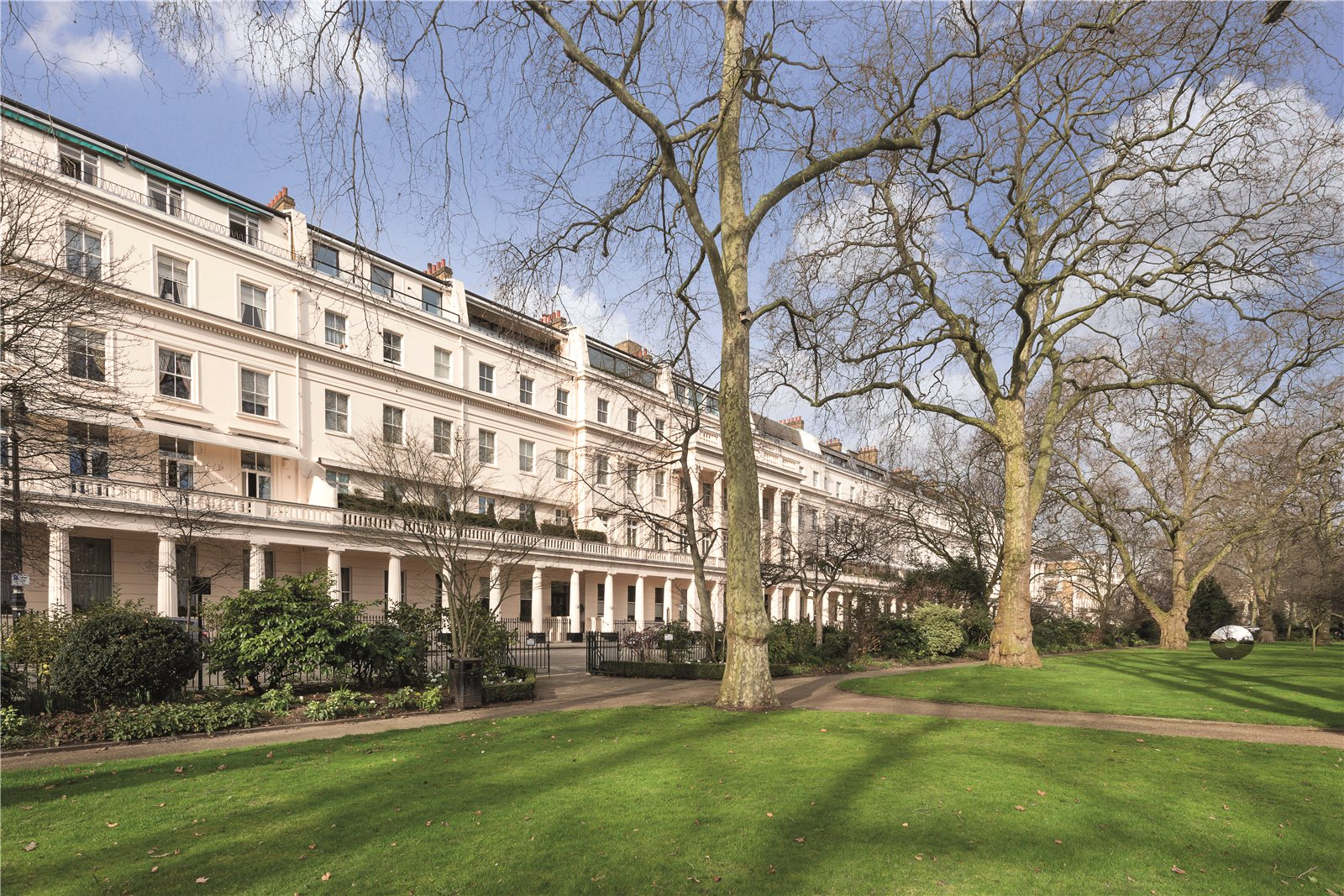 Apartments residences for sale at cork street mayfair london w1s - Greater London City Of London Luxury Real Estate For Sale Christie S International Real Estate