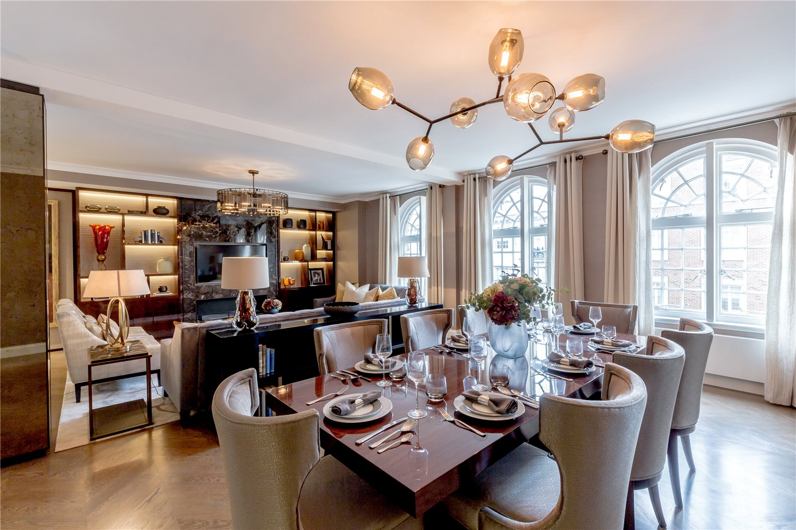 Additional photo for property listing at Hugo House, 177 Sloane Street, London, SW1X London, イギリス