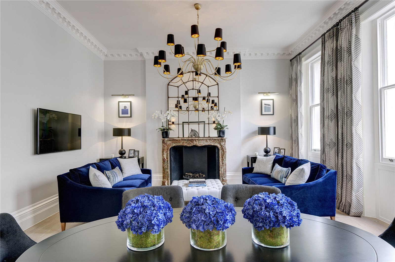 Apartments / Residences for Sale at Eaton Square, London, SW1W London, England