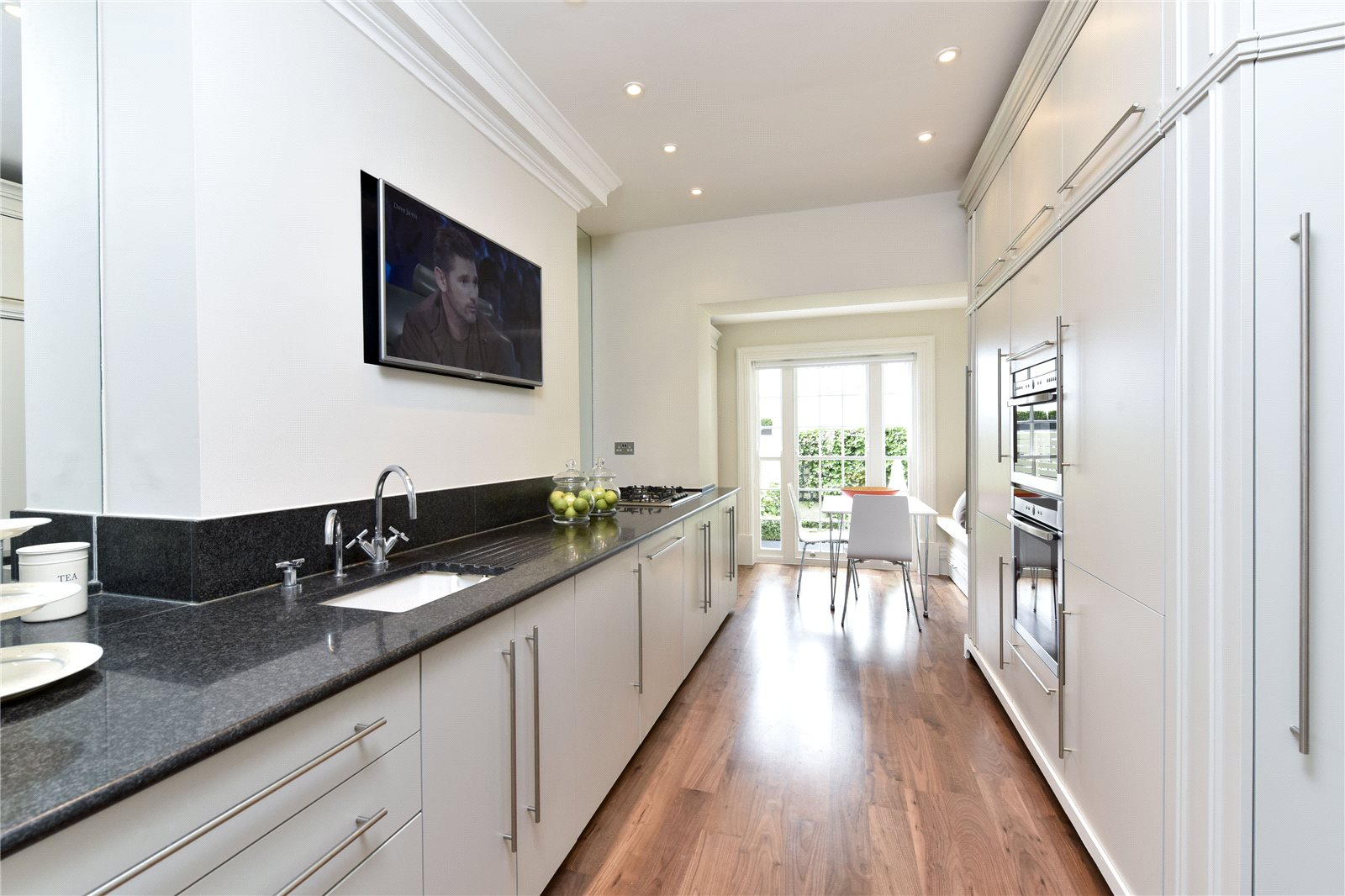 Additional photo for property listing at Chester Row, London, SW1W London, England
