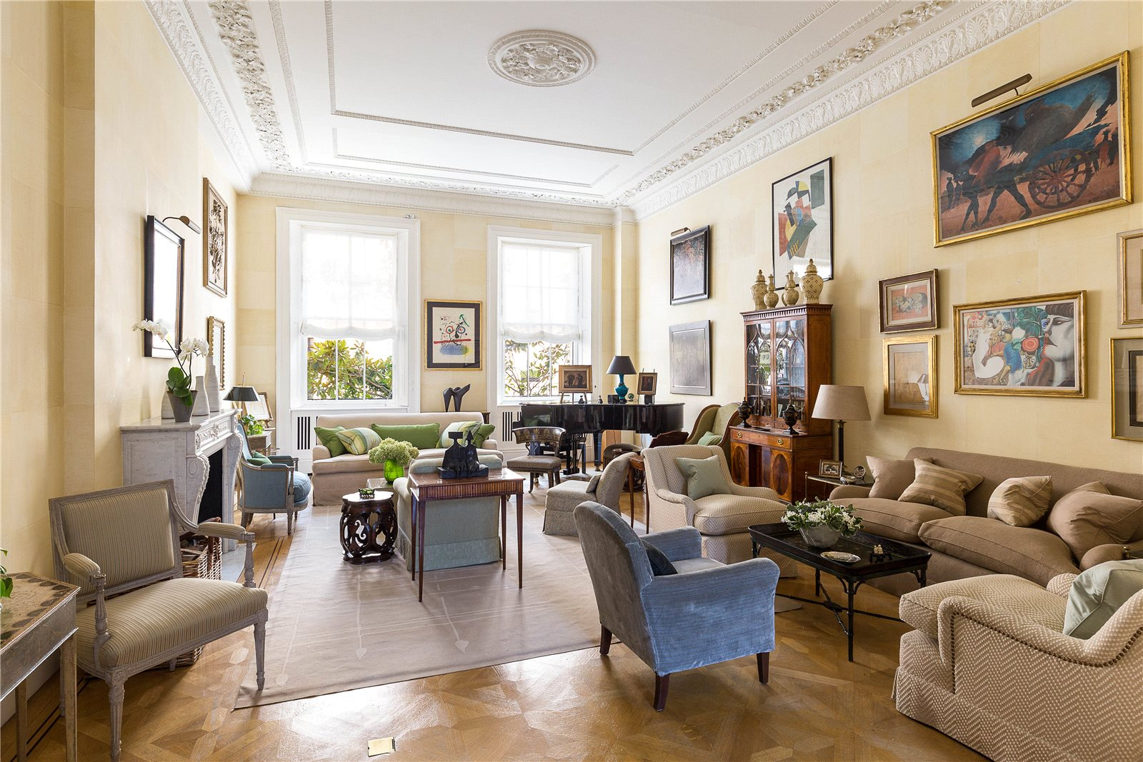 Apartments / Residences for Sale at Eaton Place, London, SW1X London, England