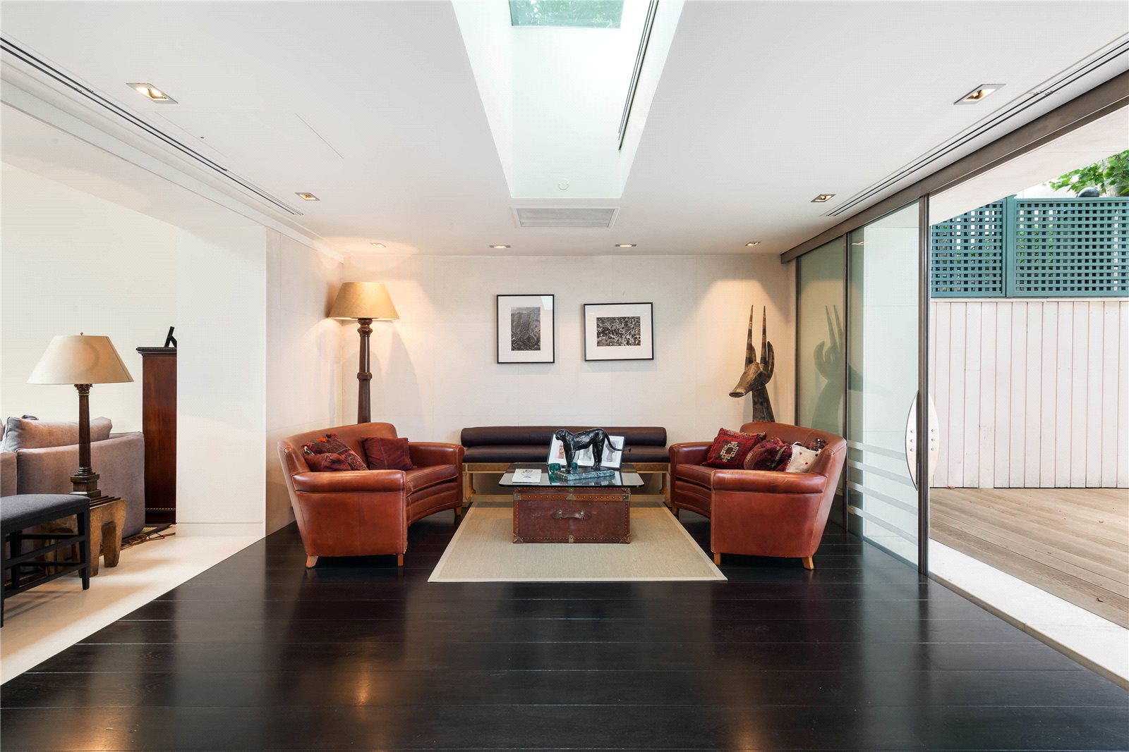 Additional photo for property listing at Mozart Terrace, Ebury Street, London, SW1W London, Англия