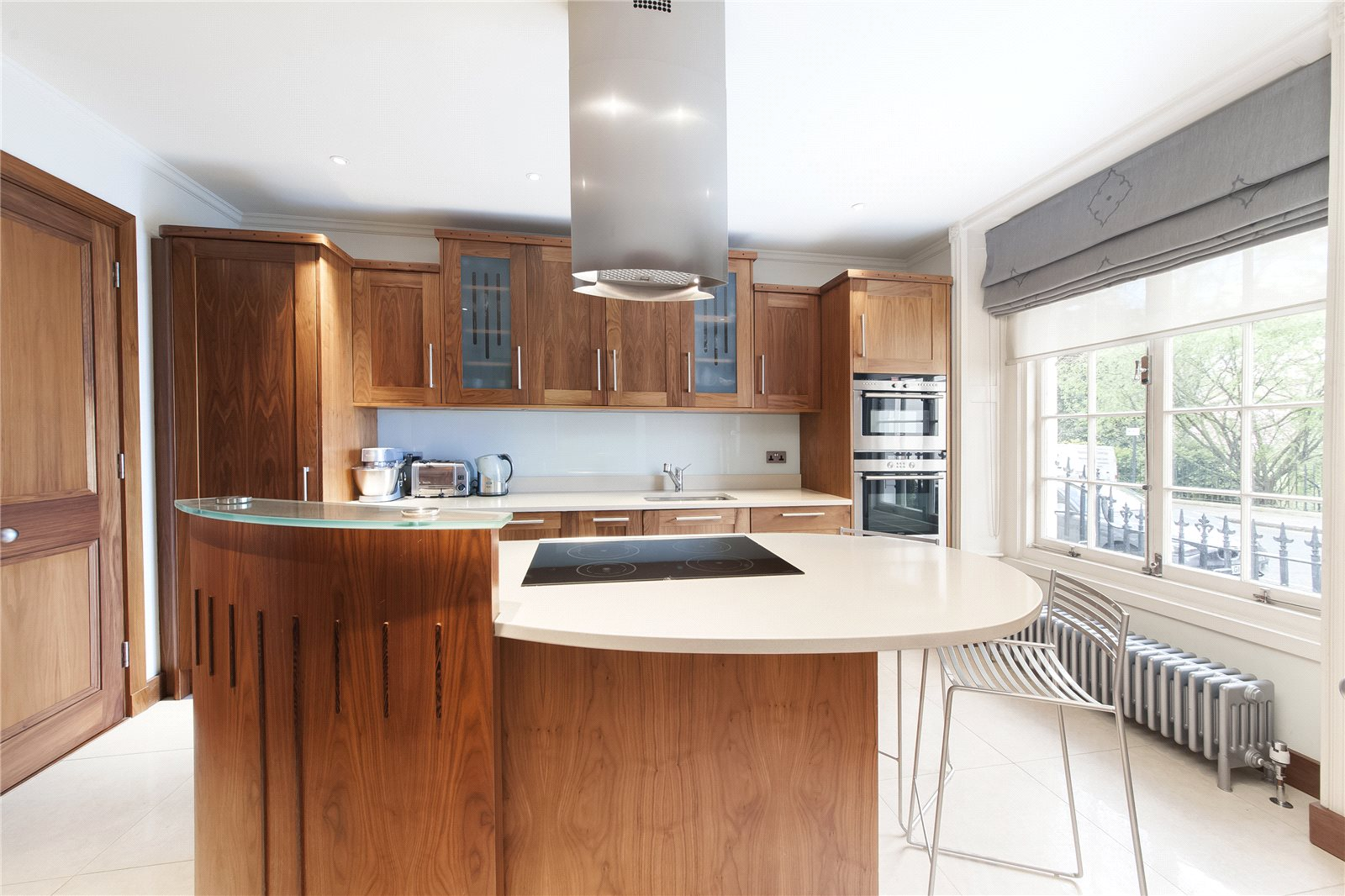 Additional photo for property listing at Cadogan Place, London, SW1X London, Engeland