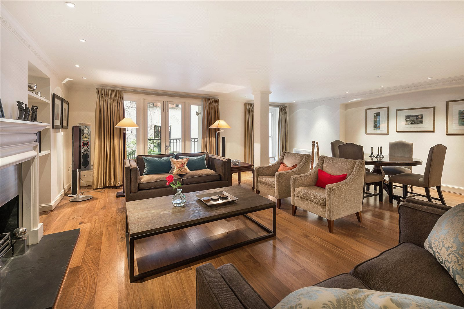 Additional photo for property listing at Cadogan Place, London, SW1X London, Inghilterra