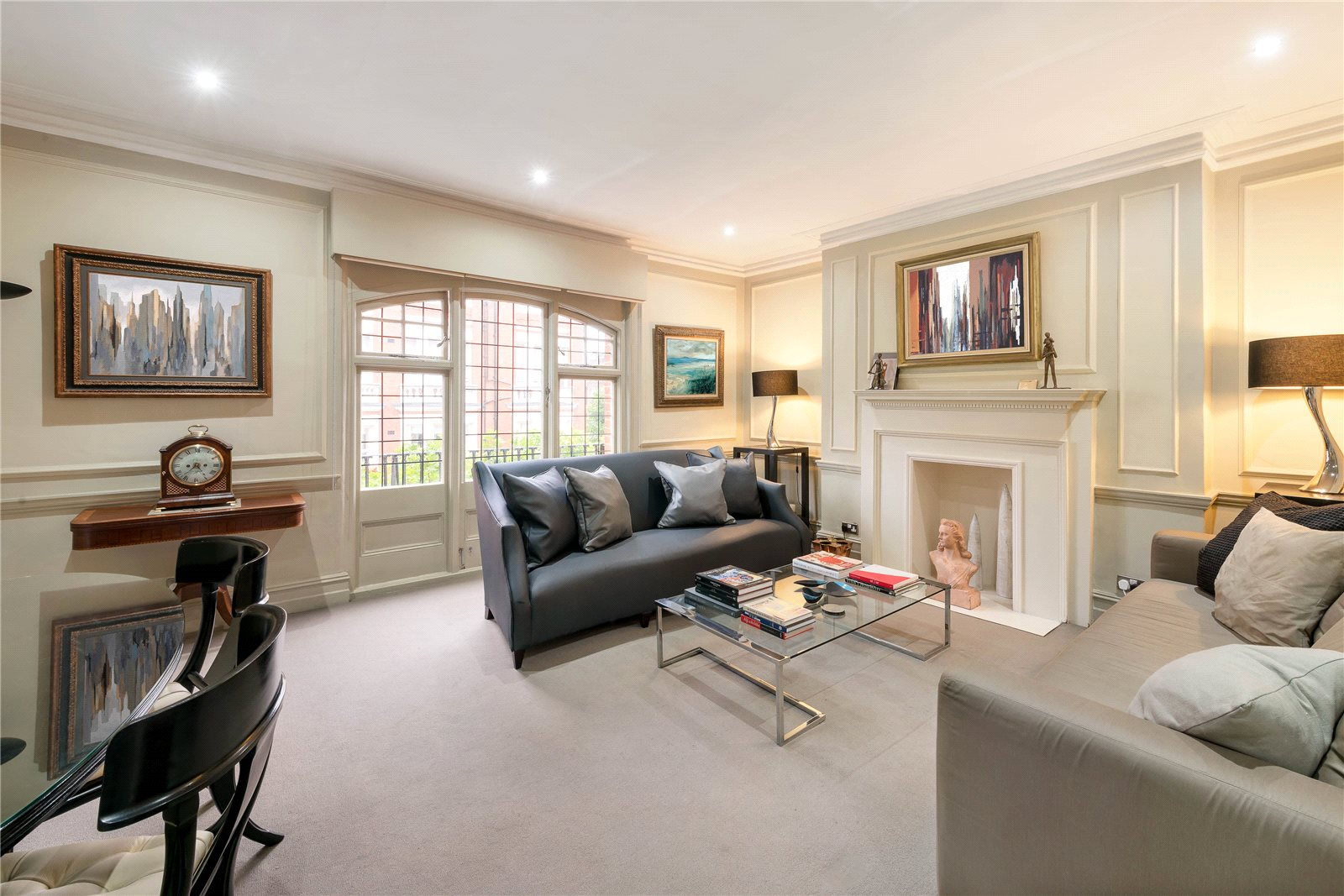 公寓 為 出售 在 Sloane Gate Mansions, D'oyley Street, London, SW1X London, 英格蘭