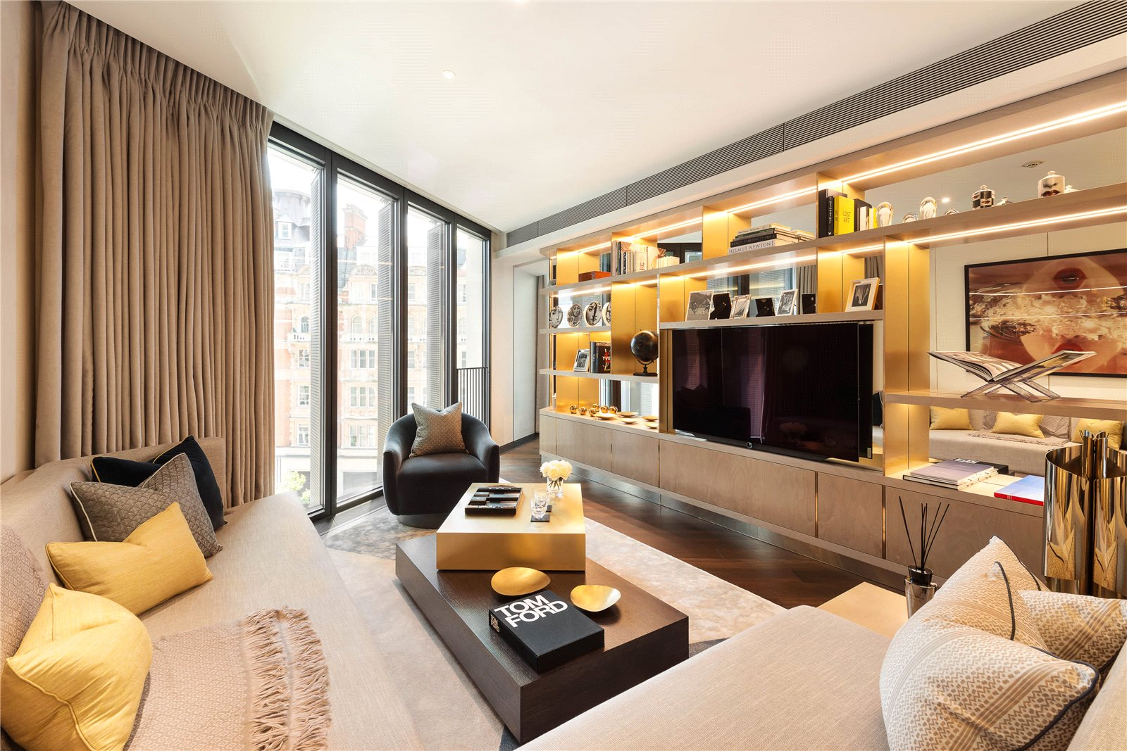 Apartments / Residences for Sale at Knightsbridge, London, SW1X London, England