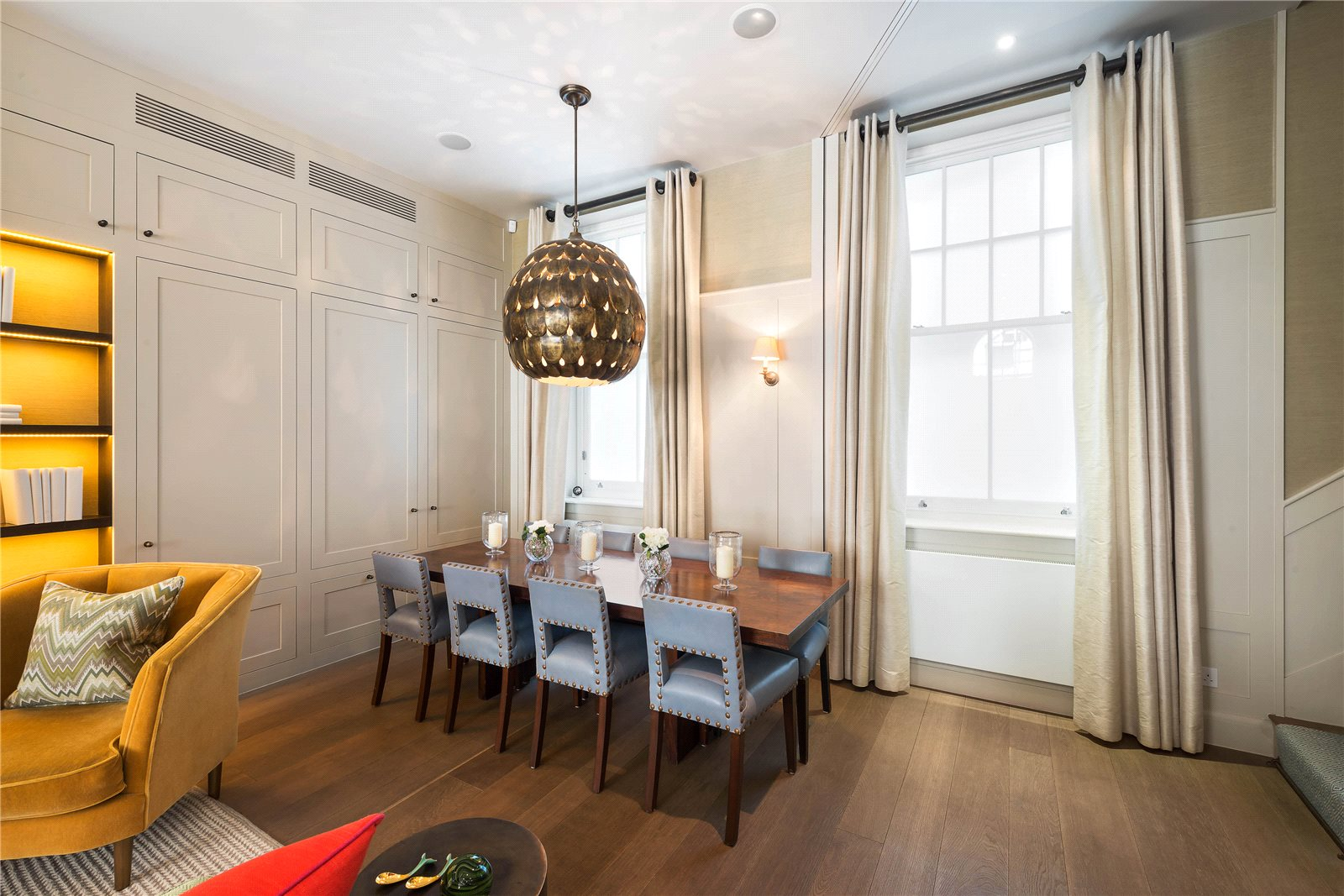 Additional photo for property listing at Clabon Mews, London, SW1X London, Angleterre