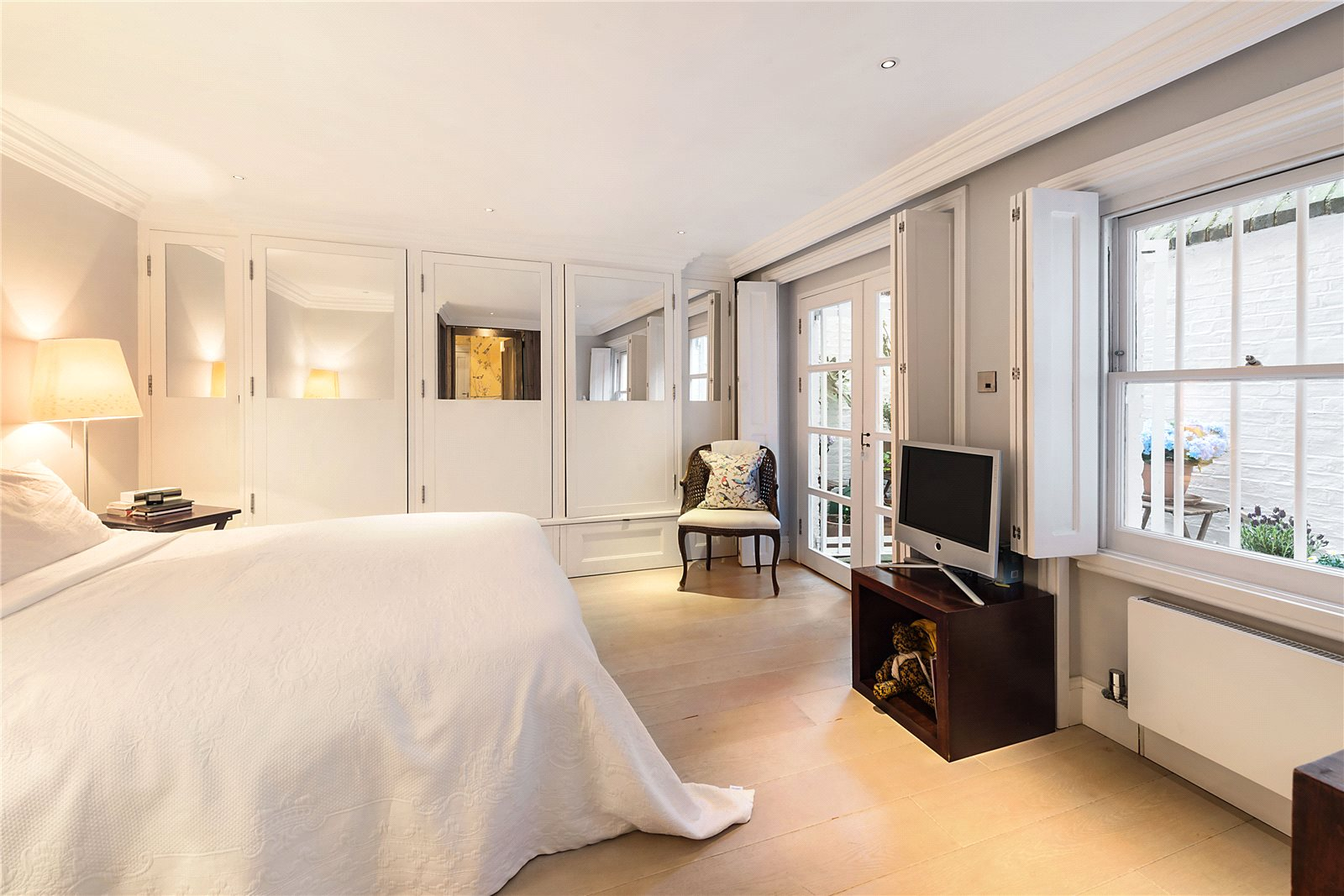 Additional photo for property listing at Rosary Gardens, South Kensington, London, SW7 South Kensington, London, Engeland