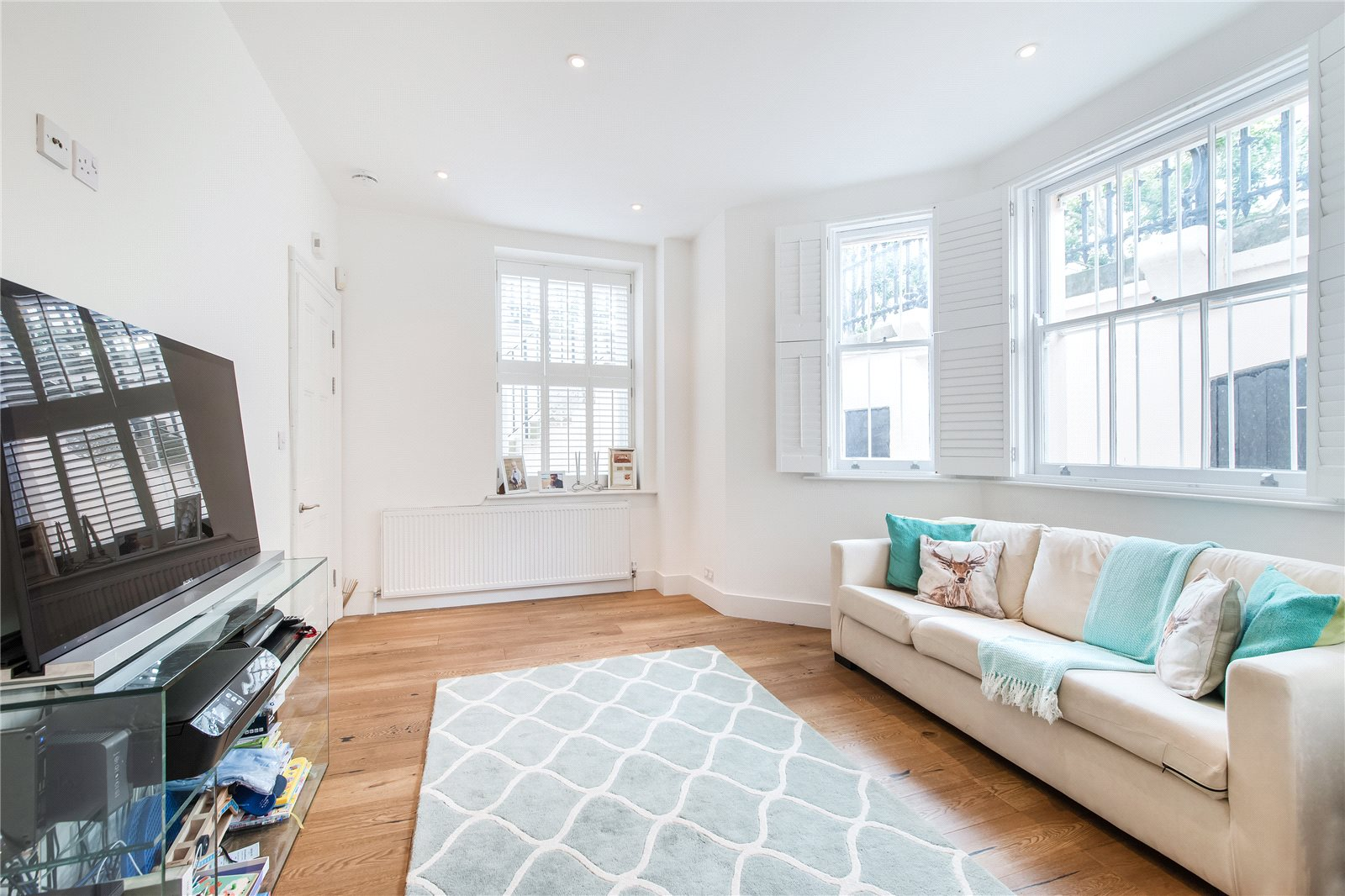 Additional photo for property listing at Queen's Gate, London, SW7 London, England