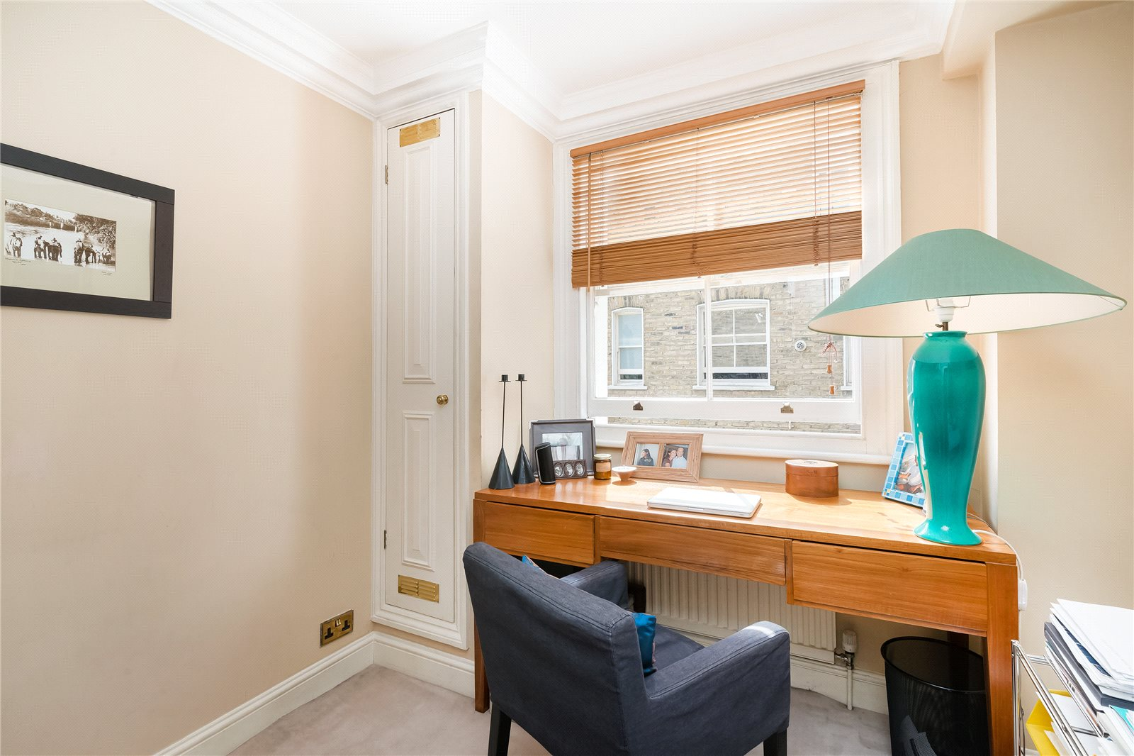 Additional photo for property listing at Queen's Gate Gardens, South Kensington, London, SW7 South Kensington, London, Anh Quốc