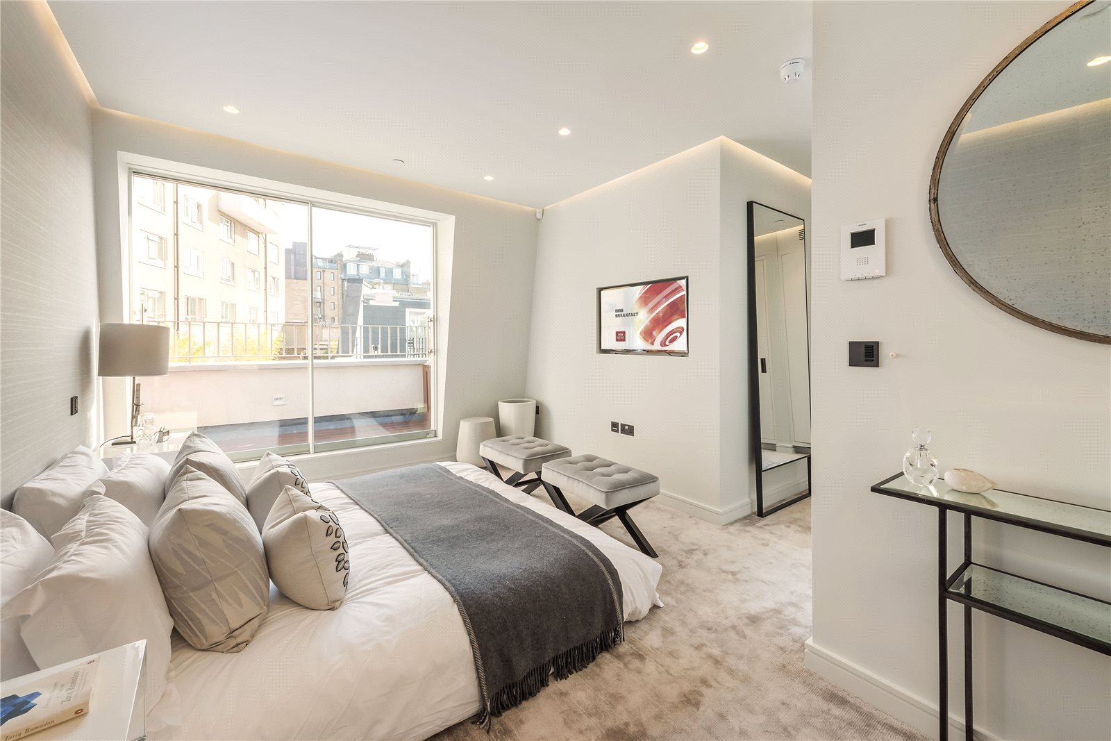 Additional photo for property listing at Reece Mews, South Kensington, London, SW7 South Kensington, London, Anh Quốc