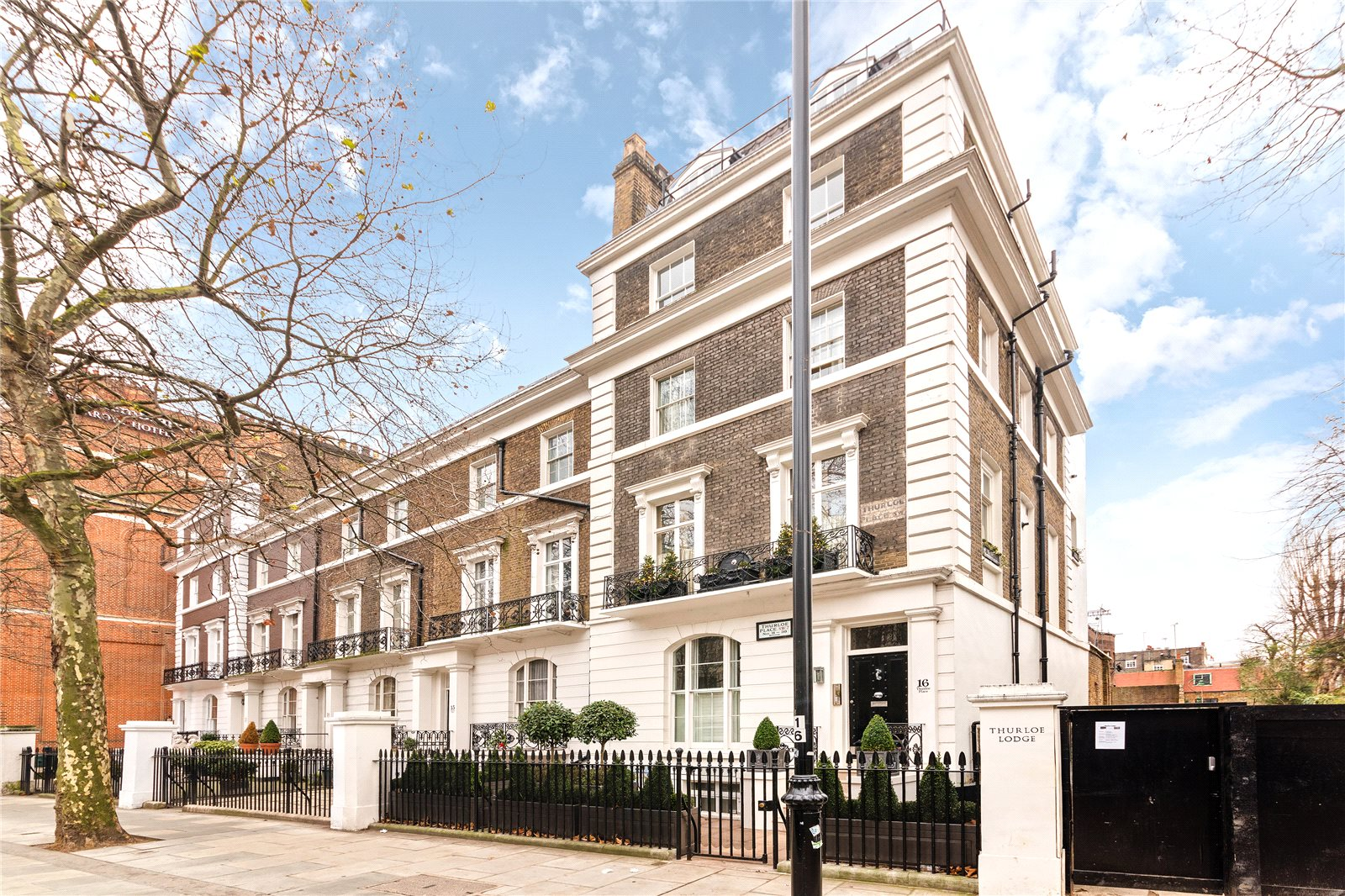 Additional photo for property listing at Thurloe Place, South Kensington, SW7 South Kensington, Inghilterra