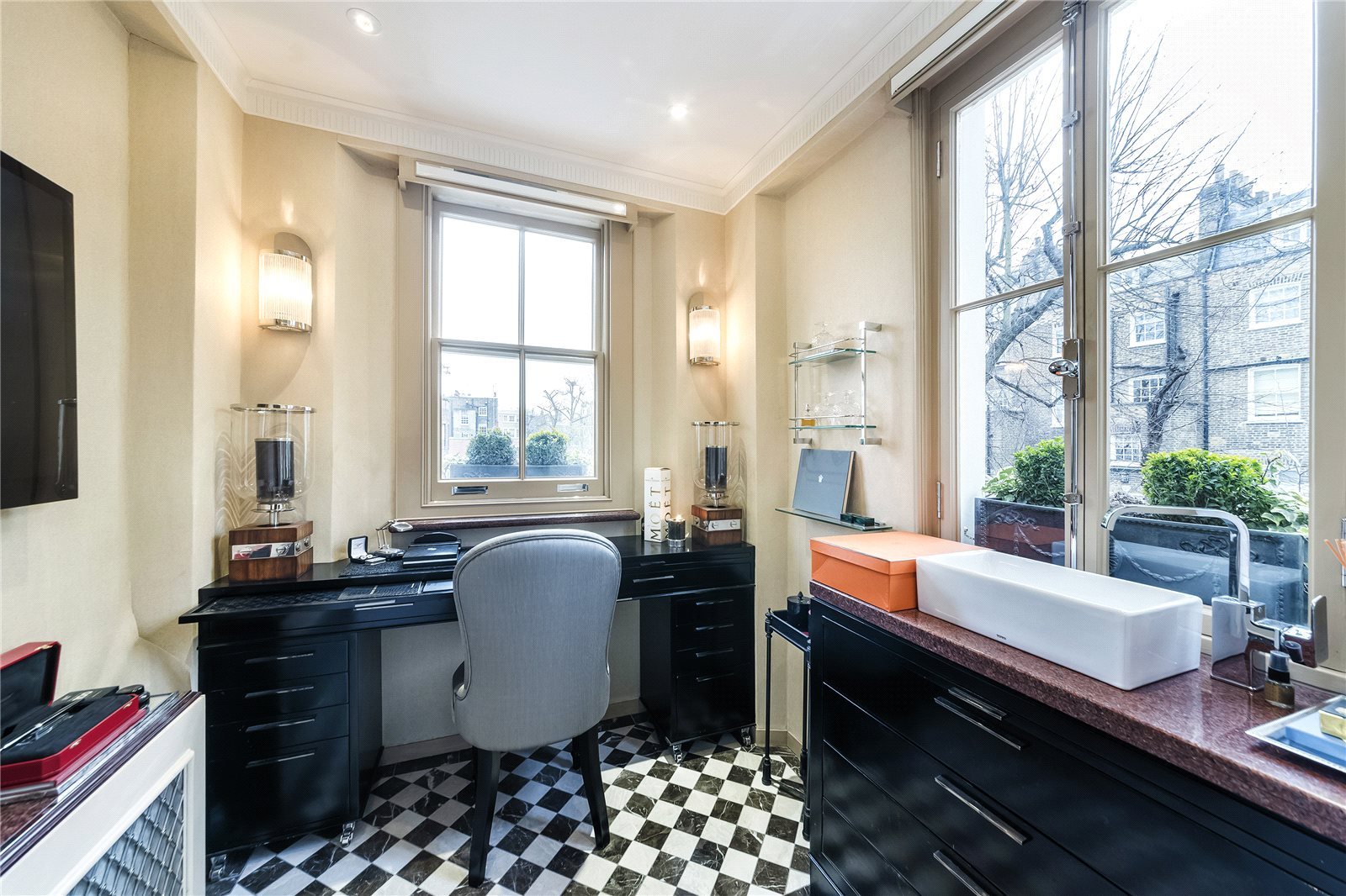 Additional photo for property listing at Thurloe Place, South Kensington, SW7 South Kensington, England