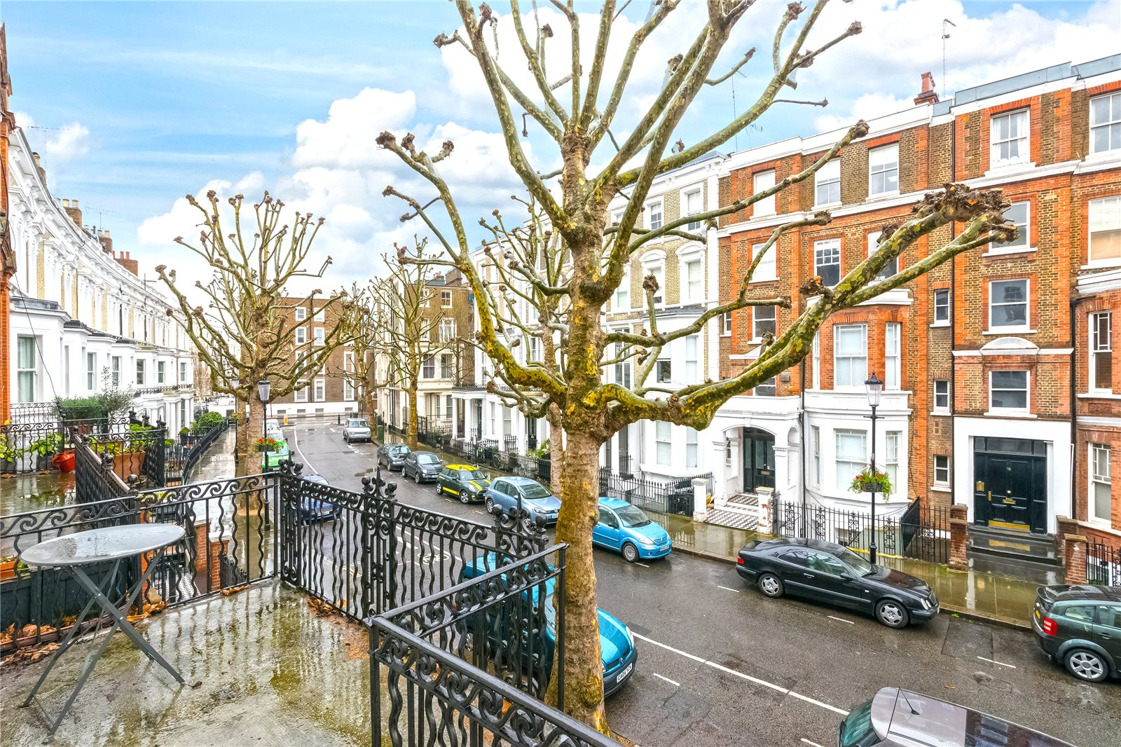 Additional photo for property listing at Philbeach Gardens, Earls Court, London, SW5 Earls Court, London, England