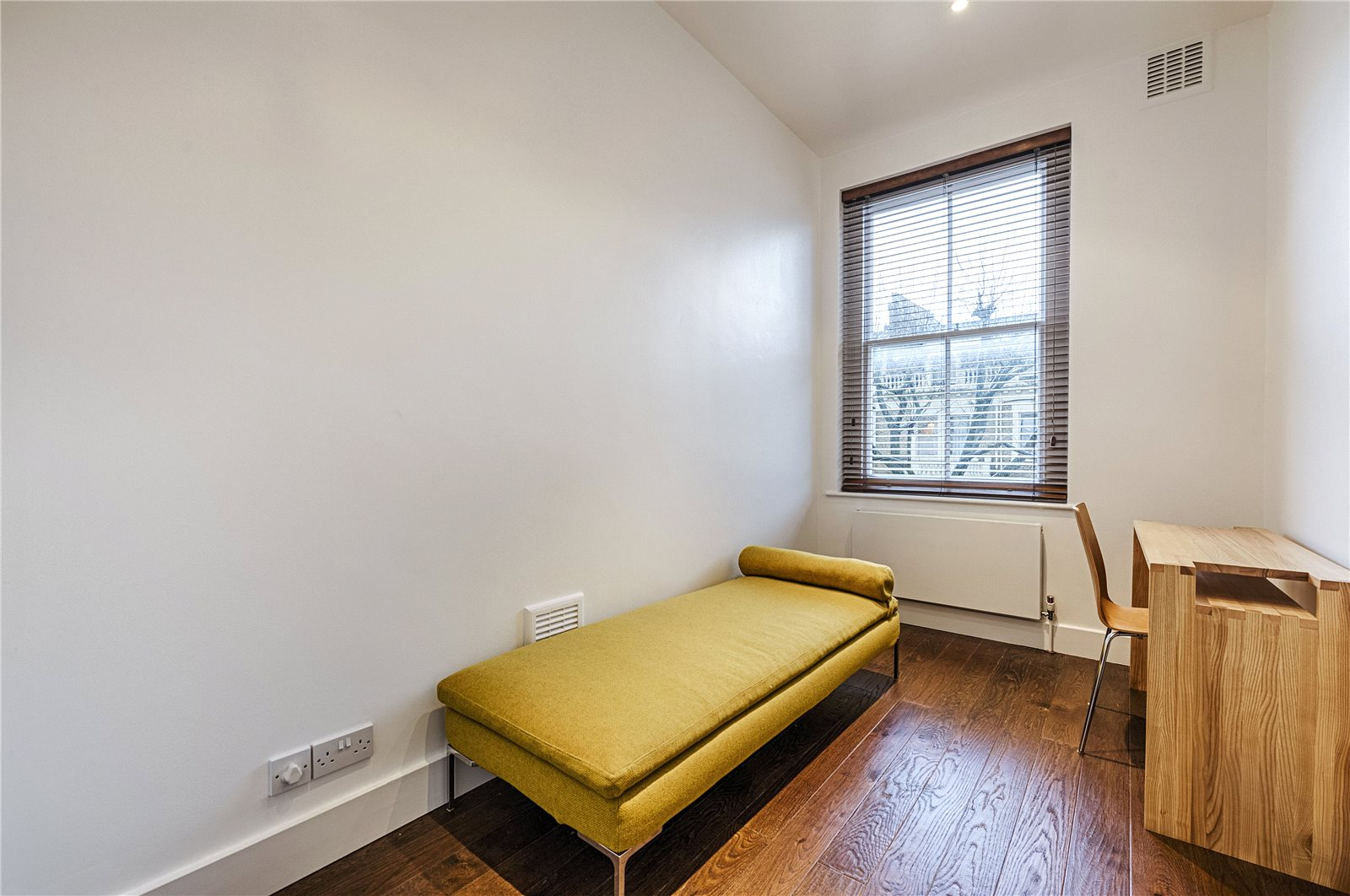 Additional photo for property listing at Penywern Road, Earls Court, London, SW5 Earls Court, London, Ingiltere
