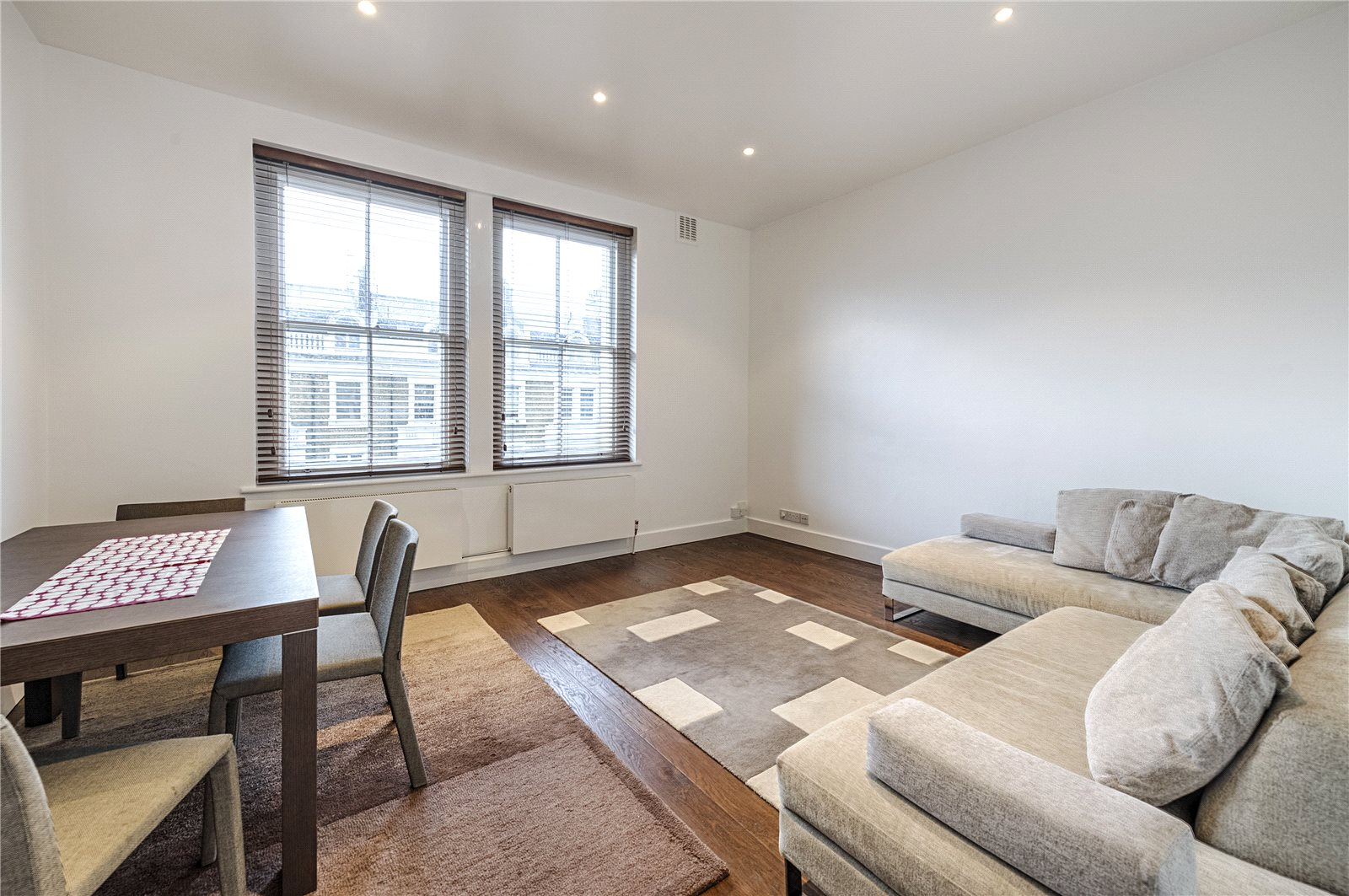 Appartementen voor Verkoop een t Penywern Road, Earls Court, London, SW5 Earls Court, London, Engeland