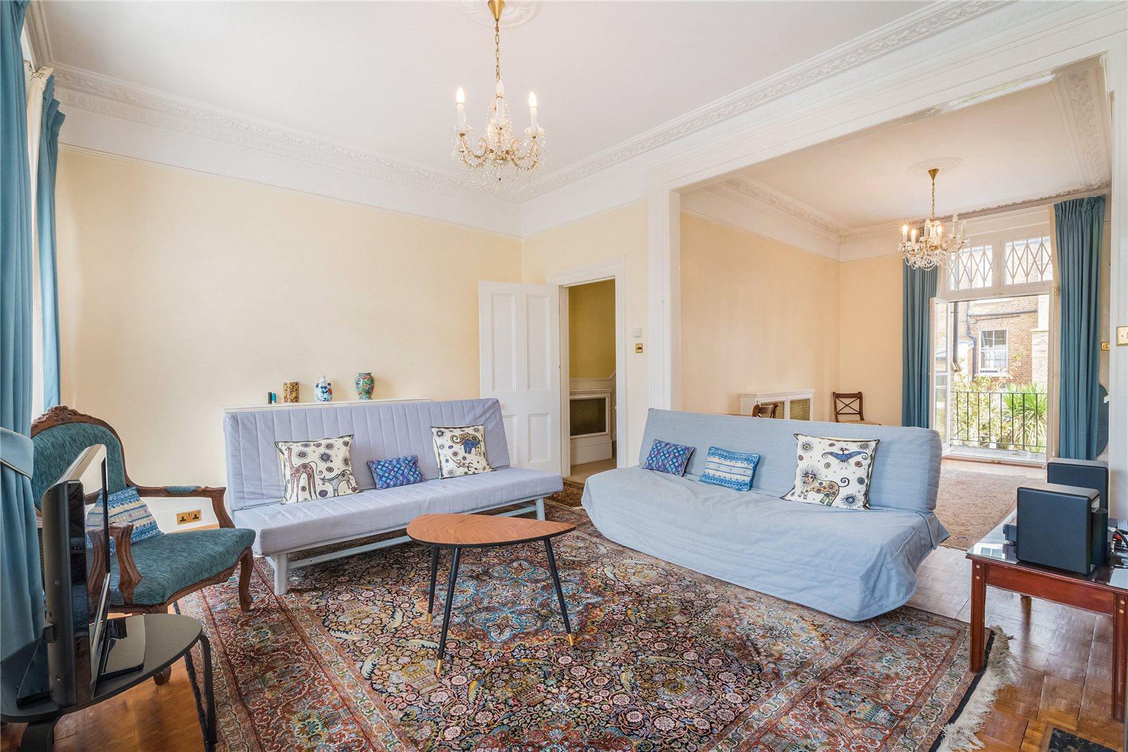 Additional photo for property listing at Neville Terrace, South Kensington, London, SW7 South Kensington, London, England
