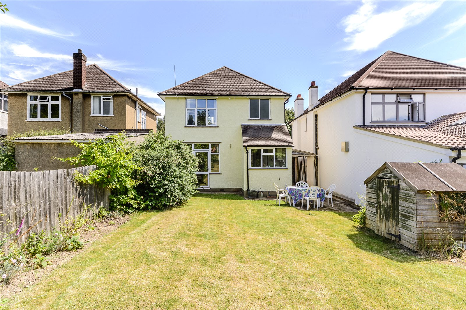 Additional photo for property listing at Charmouth Road, St. Albans, Hertfordshire, AL1 St Albans, Англия