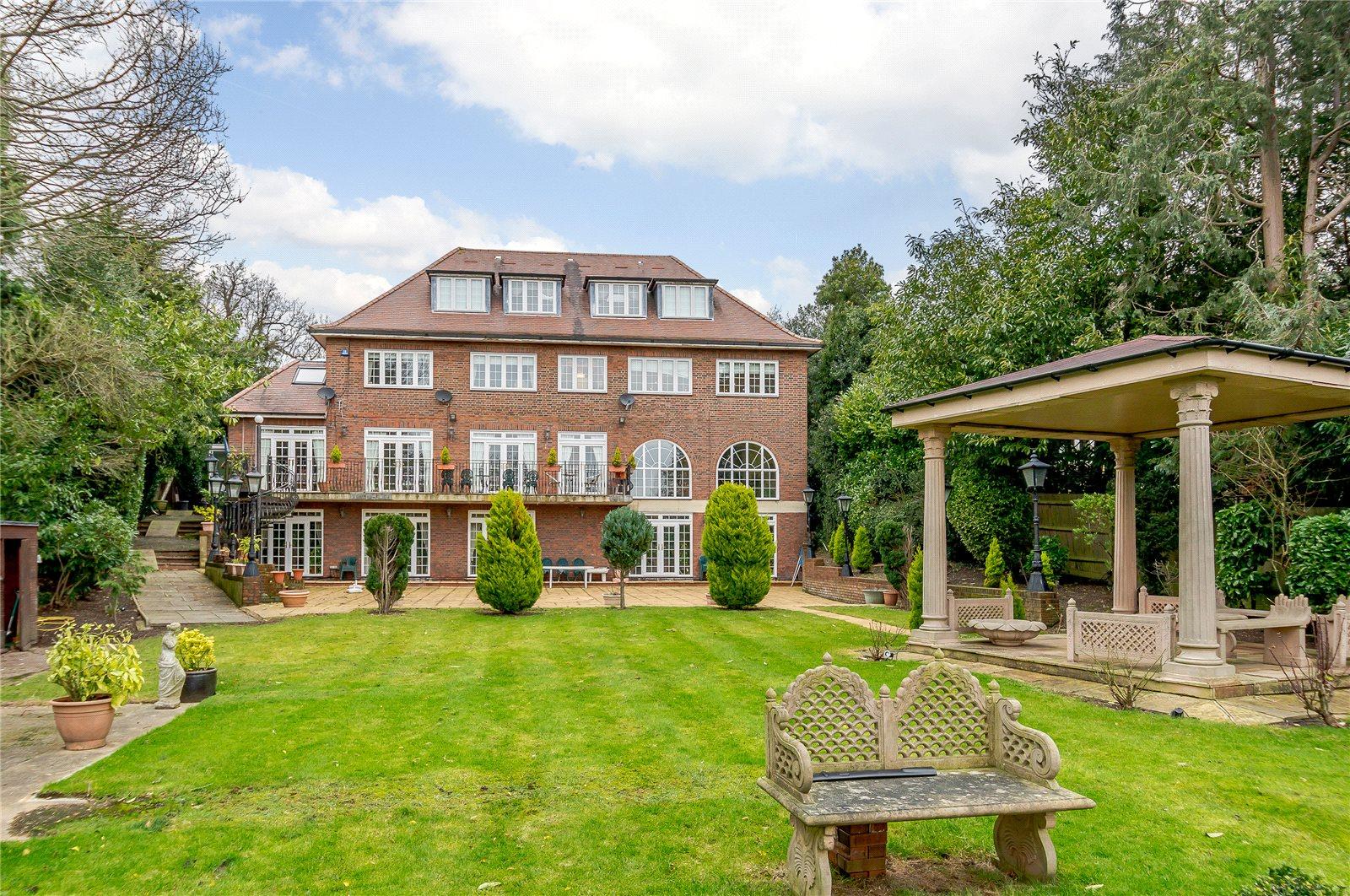 獨棟家庭住宅 為 出售 在 Barnet Road, Barnet, Hertfordshire, EN5 Barnet, 英格蘭