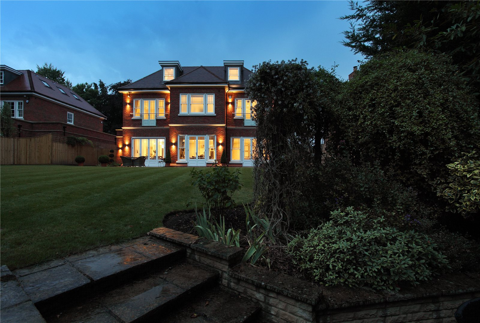 Additional photo for property listing at London Road, Ascot, Berkshire, SL5 Ascot, Ingiltere
