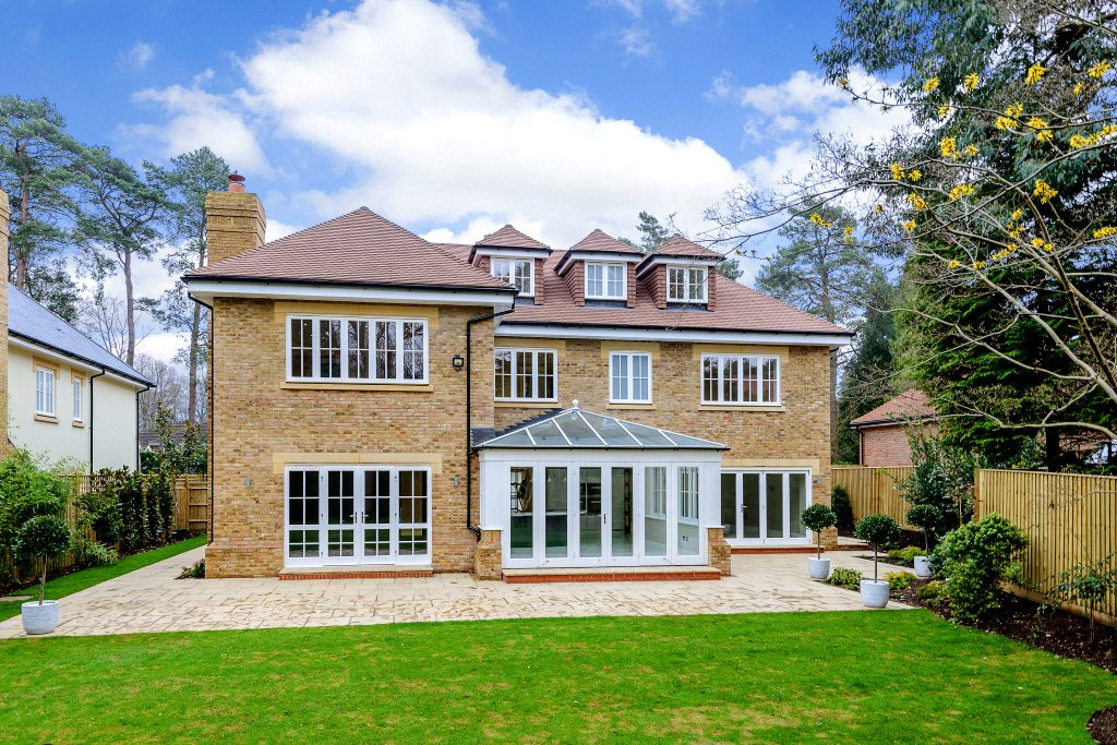 Additional photo for property listing at Ravensdale Road, Ascot, Berkshire, SL5 Ascot, Αγγλια
