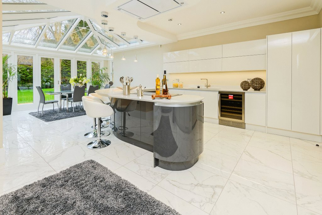 Additional photo for property listing at Ravensdale Road, Ascot, Berkshire, SL5 Ascot, Inghilterra