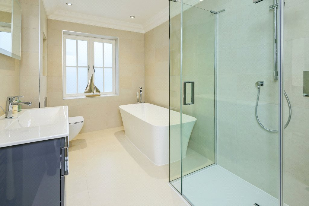 Additional photo for property listing at Ravensdale Road, Ascot, Berkshire, SL5 Ascot, Inglaterra