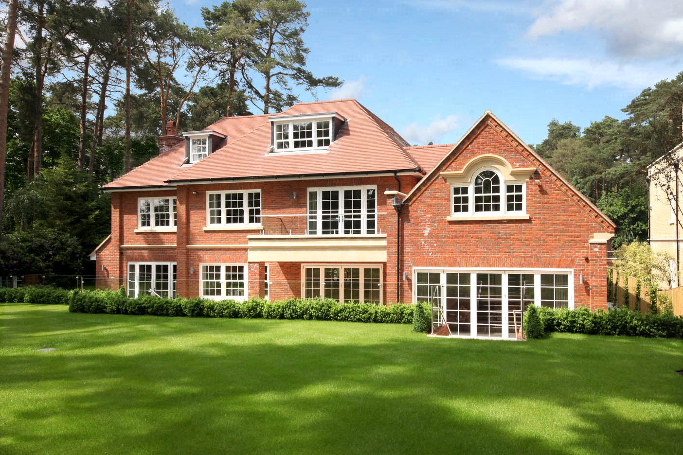 Single Family Home for Sale at The Glade, Woodend Drive, Sunninghill, Berkshire, SL5 Sunninghill, England