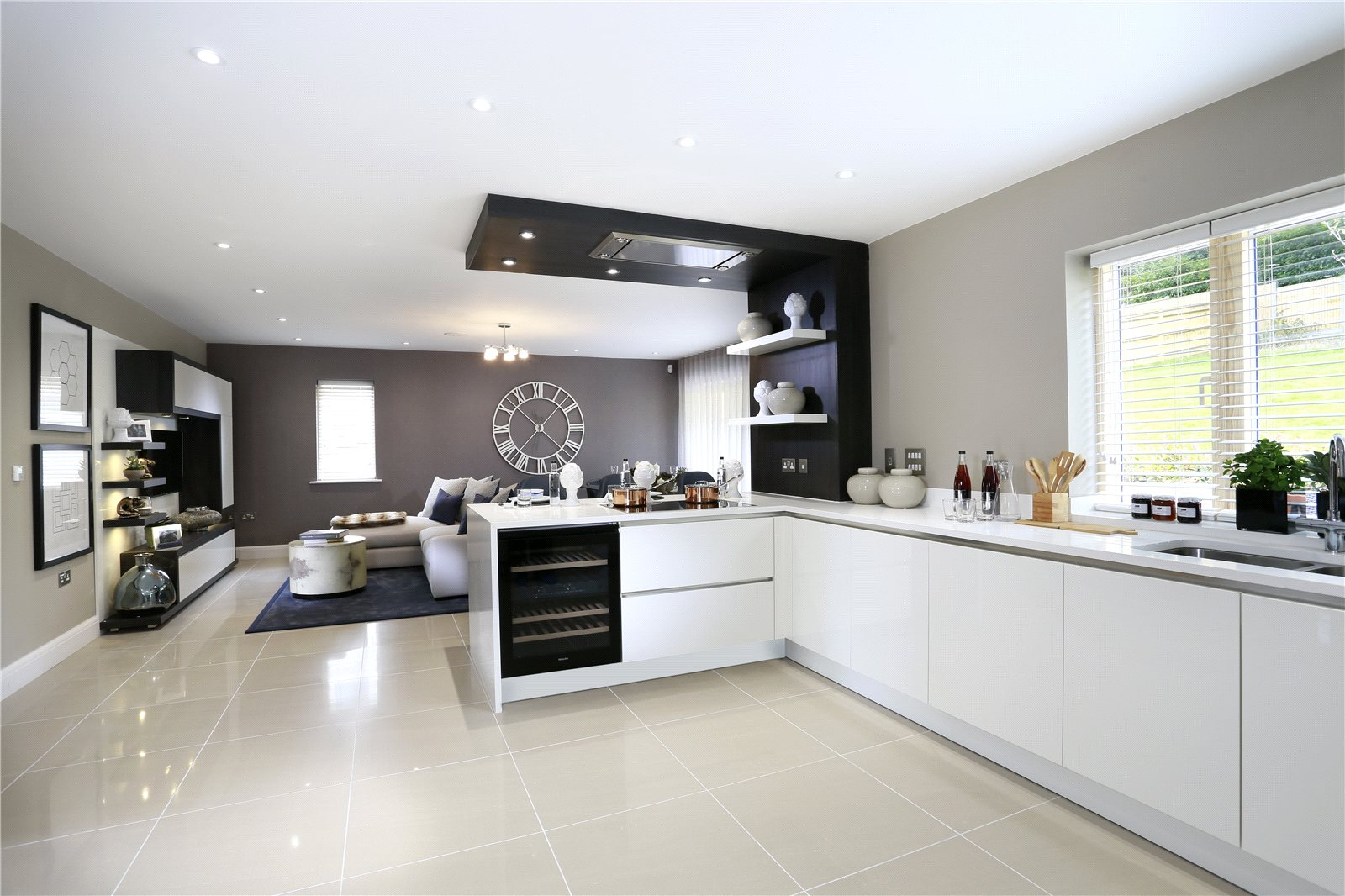 Additional photo for property listing at St Georges View, Wells Lane, Ascot, Berkshire, SL5 Ascot, Ingiltere