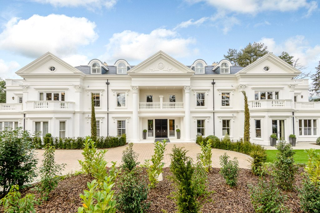 Additional photo for property listing at The Ridge, Ridgemount Road, Sunningdale, Berkshire, SL5 Sunningdale, Англия