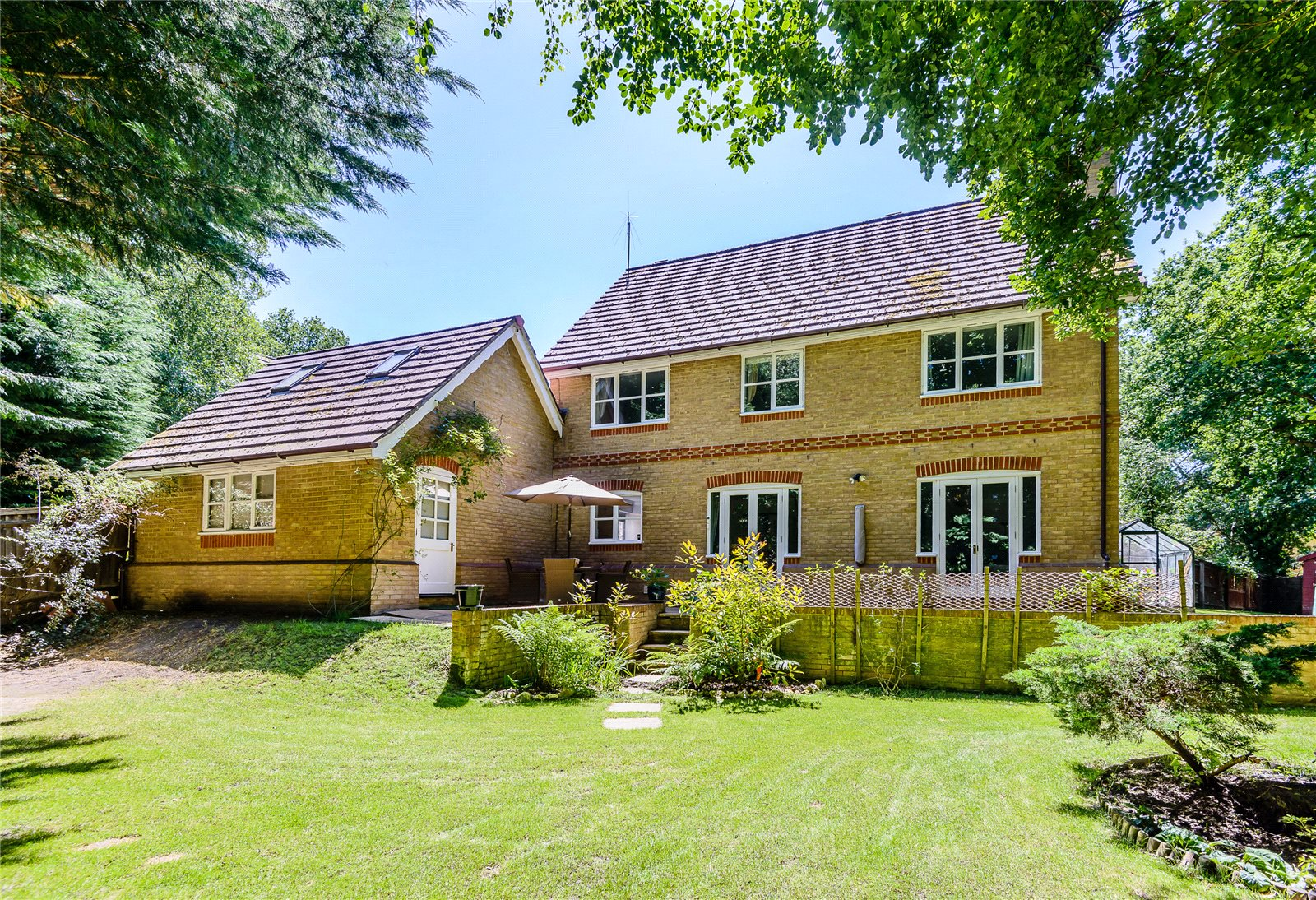 Additional photo for property listing at Charters Way, Ascot, Berkshire, SL5 Ascot, Inghilterra