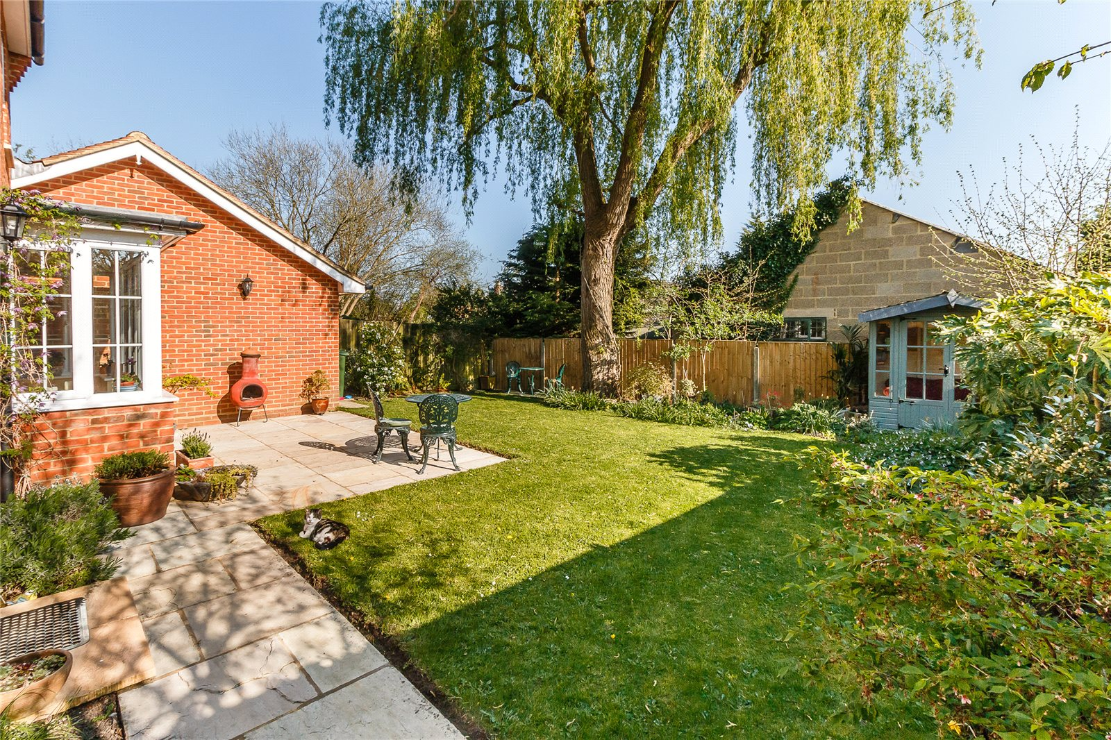 Additional photo for property listing at Cedar Gardens, Beta Road, Chobham, Surrey, GU24 Chobham, England