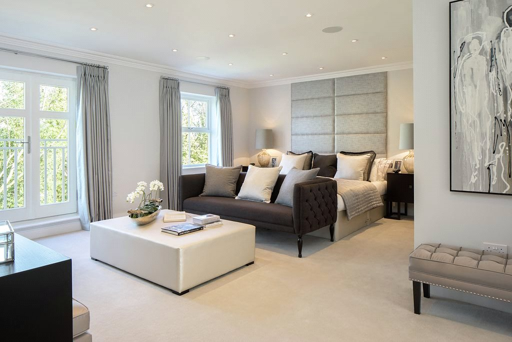 Additional photo for property listing at High Peak, London Road, Sunningdale, Berkshire, SL5 Sunningdale, イギリス