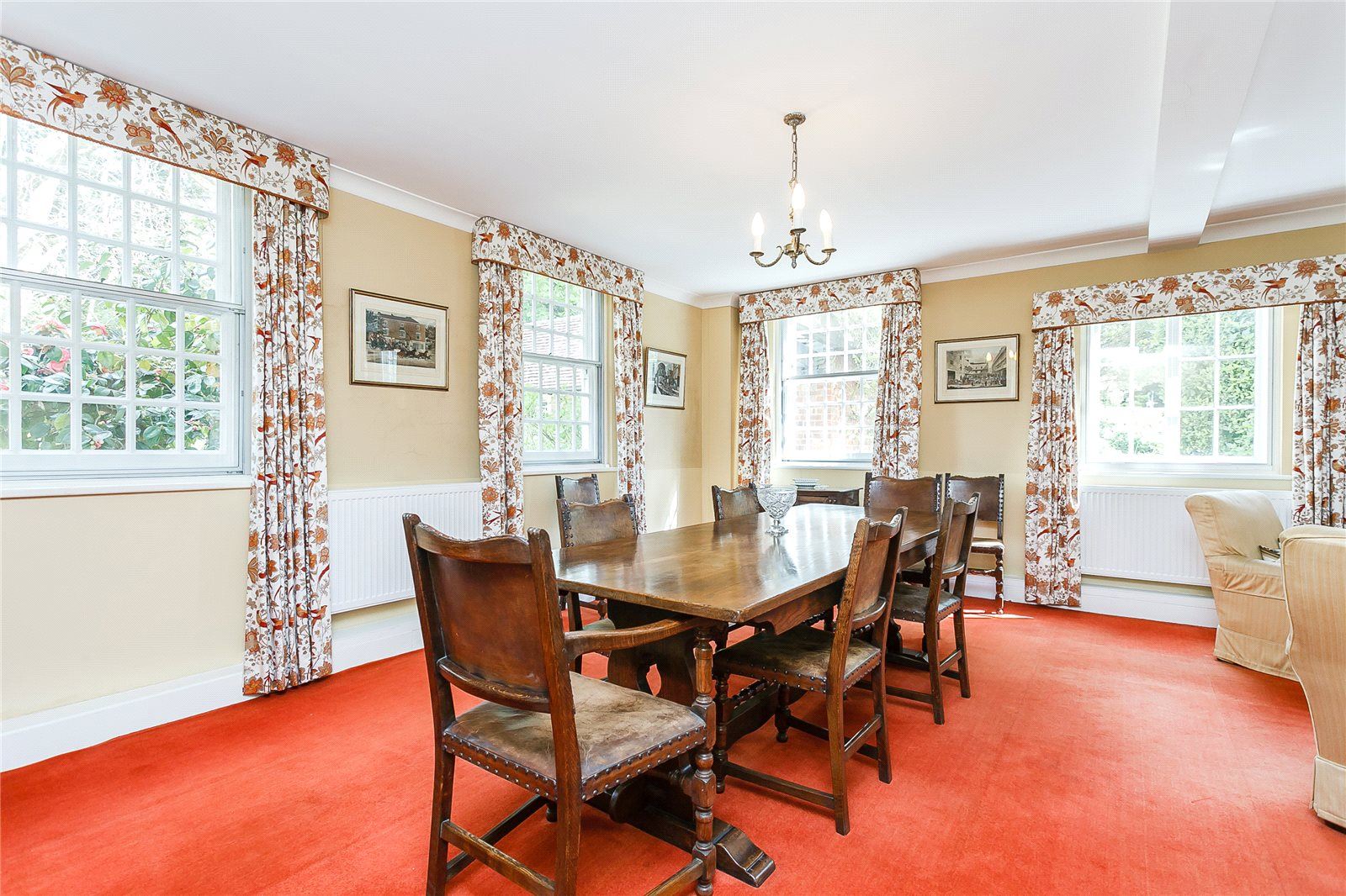 Additional photo for property listing at Sunningdale, Ascot, Berkshire, SL5 Berkshire, Англия