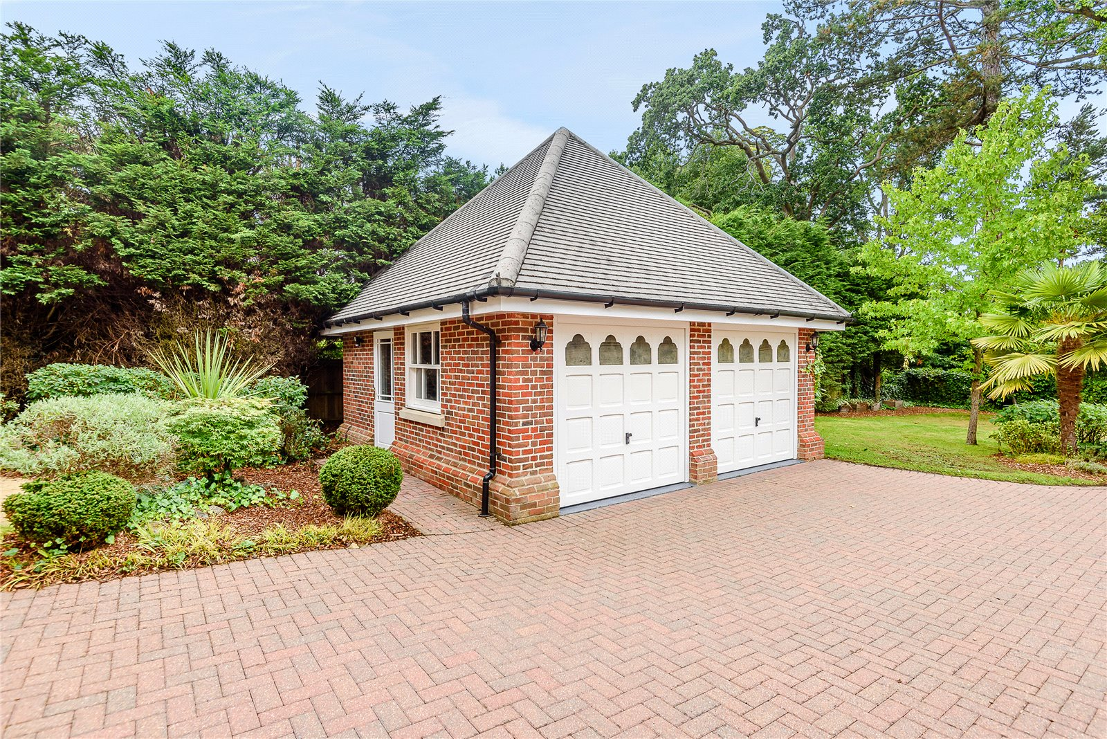 Additional photo for property listing at Bagshot Road, Ascot, Berkshire, SL5 Ascot, Angleterre