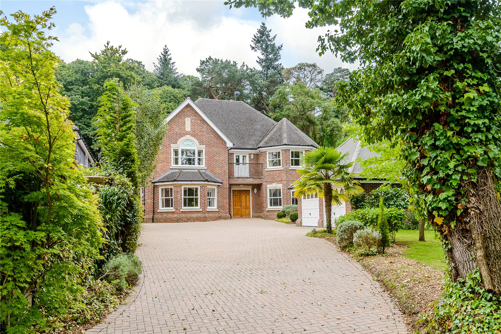 Additional photo for property listing at Bagshot Road, Ascot, Berkshire, SL5 Ascot, 英格蘭