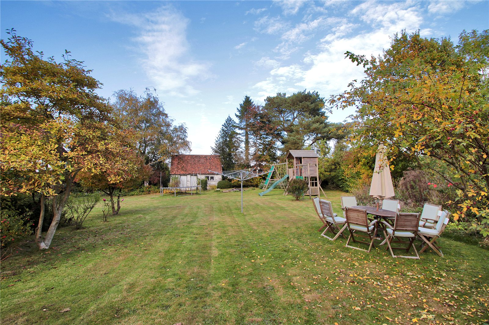 Additional photo for property listing at Tonbridge Road, Ightham, Sevenoaks, Kent, TN15 Sevenoaks, Inglaterra