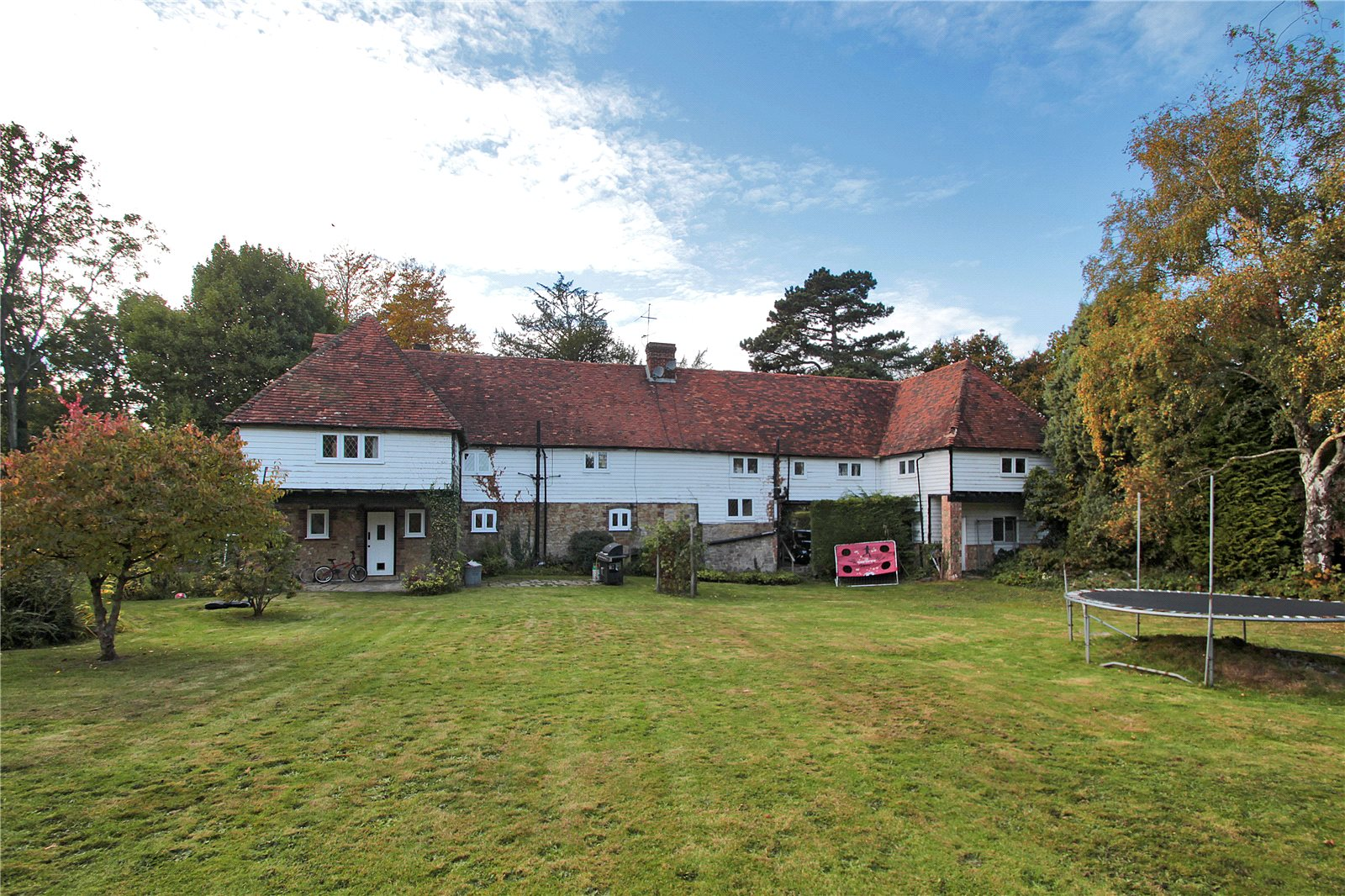 Additional photo for property listing at Tonbridge Road, Ightham, Sevenoaks, Kent, TN15 Sevenoaks, Angleterre