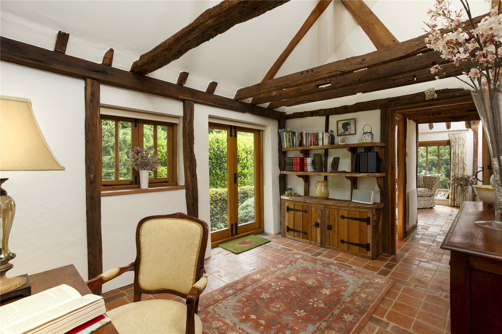 Additional photo for property listing at Mill House Lane, Addington,West Malling, Nr Sevenoaks, Kent, ME19 Kent, Anh Quốc