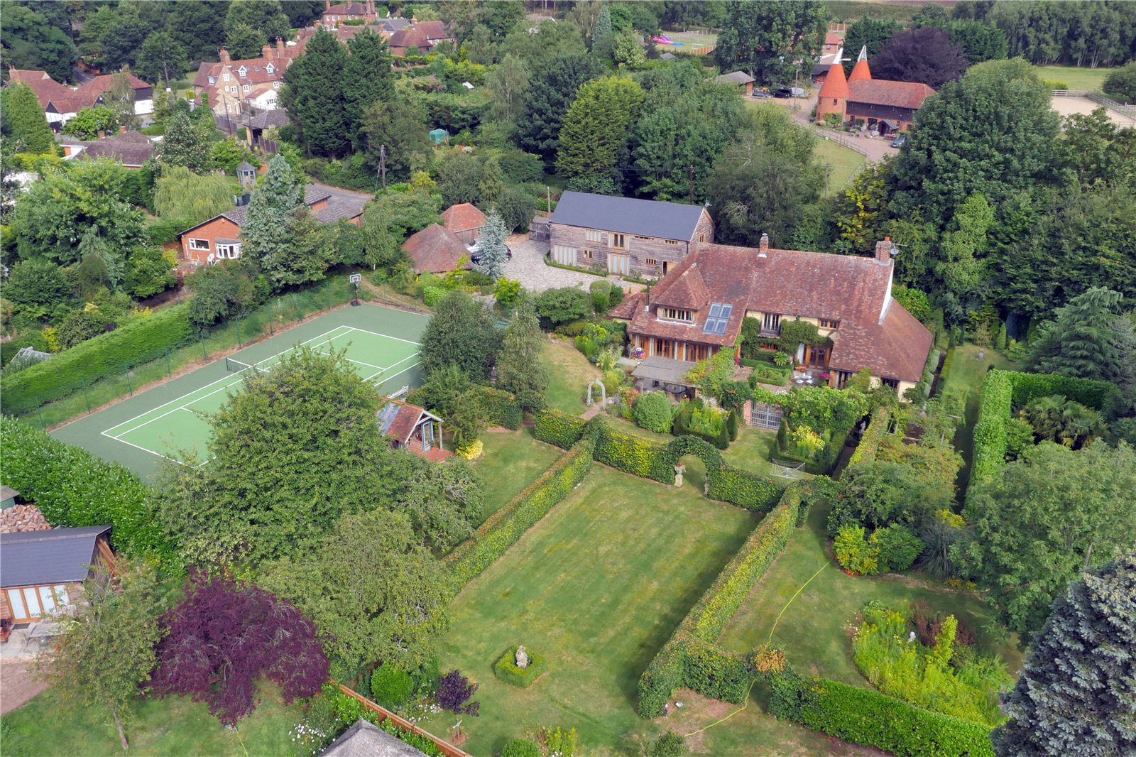 Additional photo for property listing at Mill House Lane, Addington,West Malling, Nr Sevenoaks, Kent, ME19 Kent, Engeland