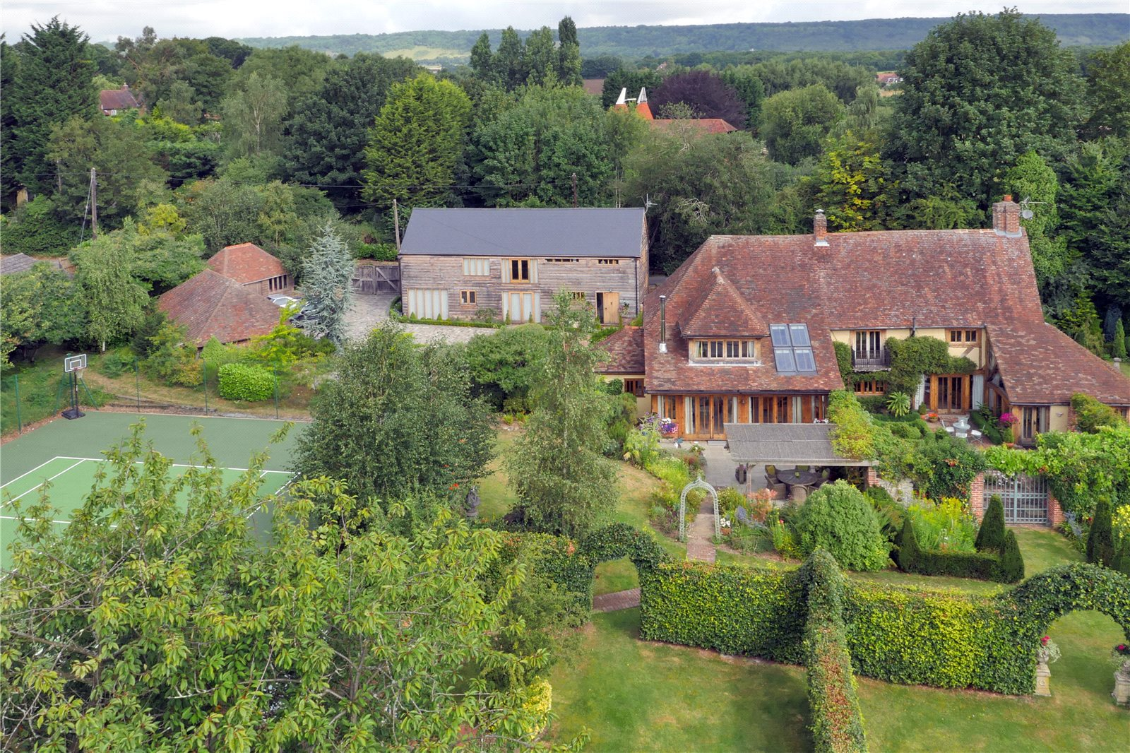 Частный дом для того Продажа на Mill House Lane, Addington,West Malling, Nr Sevenoaks, Kent, ME19 Kent, Англия