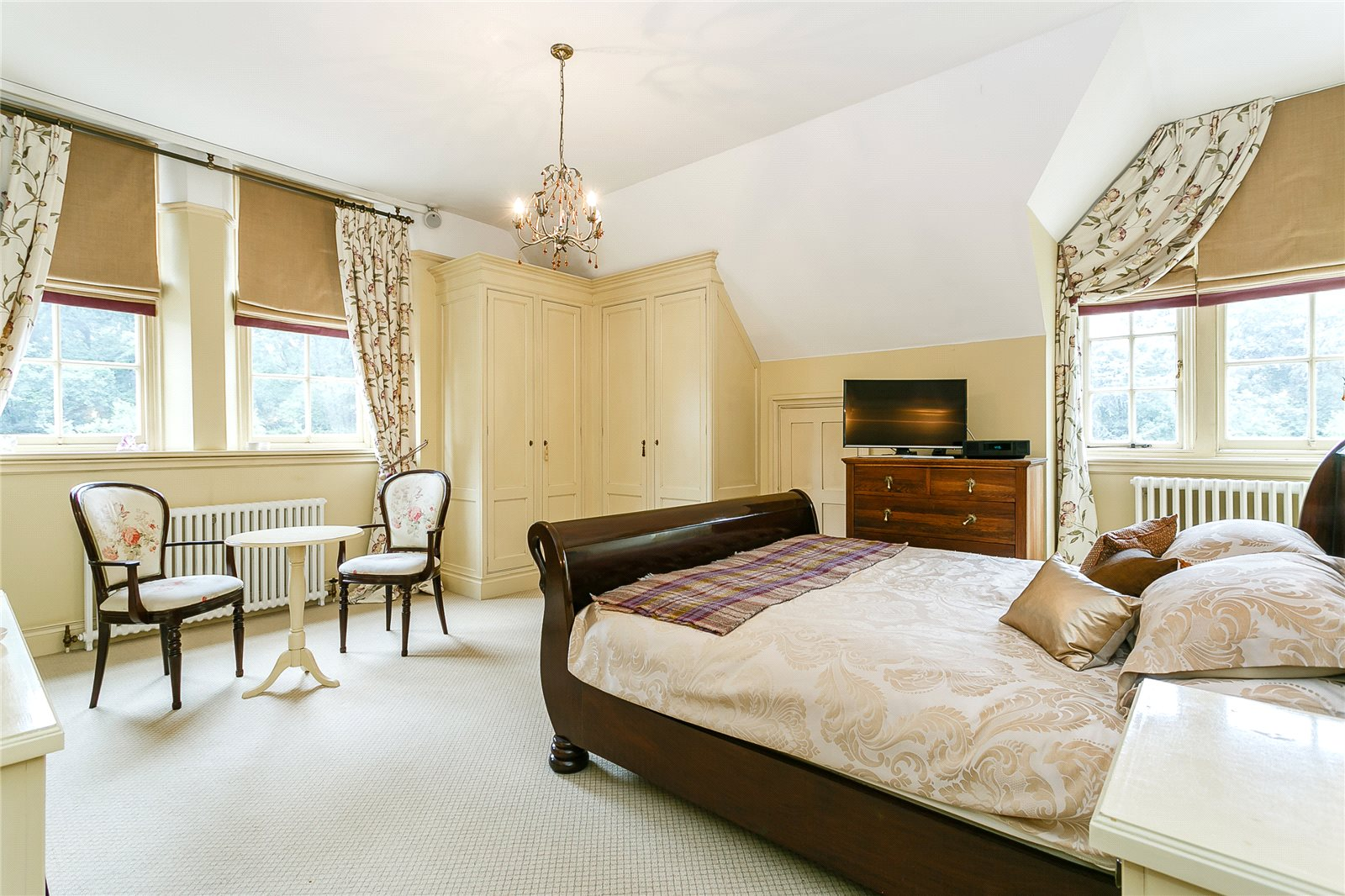 Additional photo for property listing at Croydon Road, Bromley, BR2 Inglaterra
