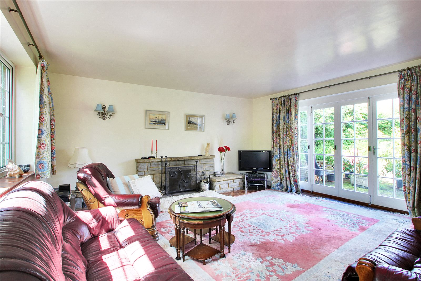 Additional photo for property listing at Downsview Road, Sevenoaks, Kent, TN13 Sevenoaks, Engeland